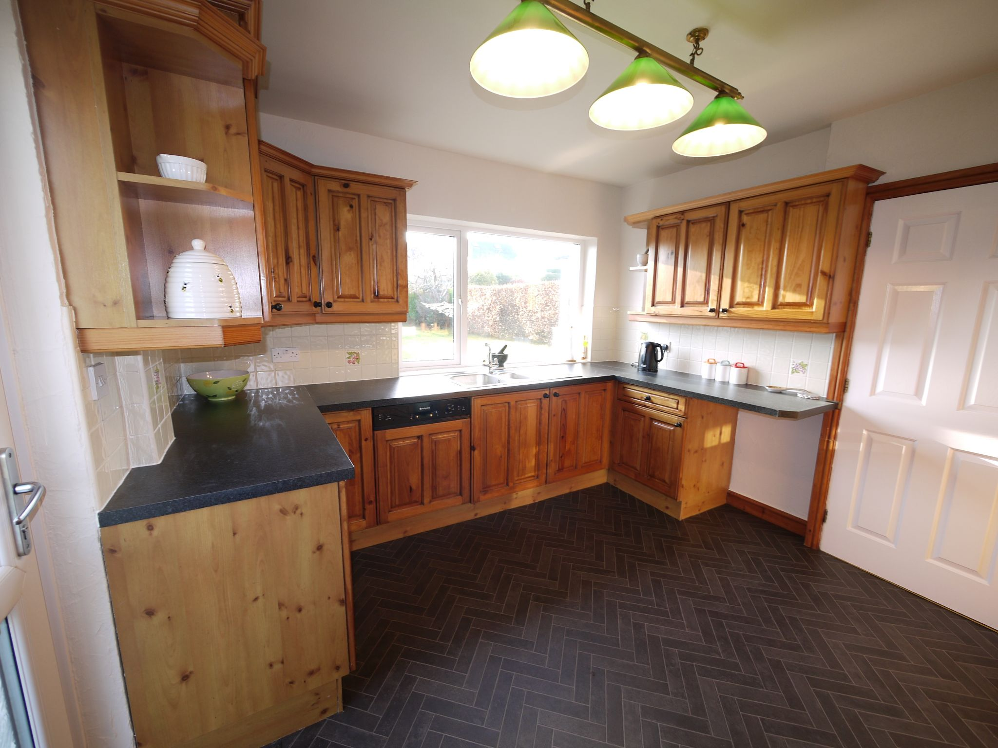 5 bedroom detached bungalow For Sale in Brighouse - kitchen2.