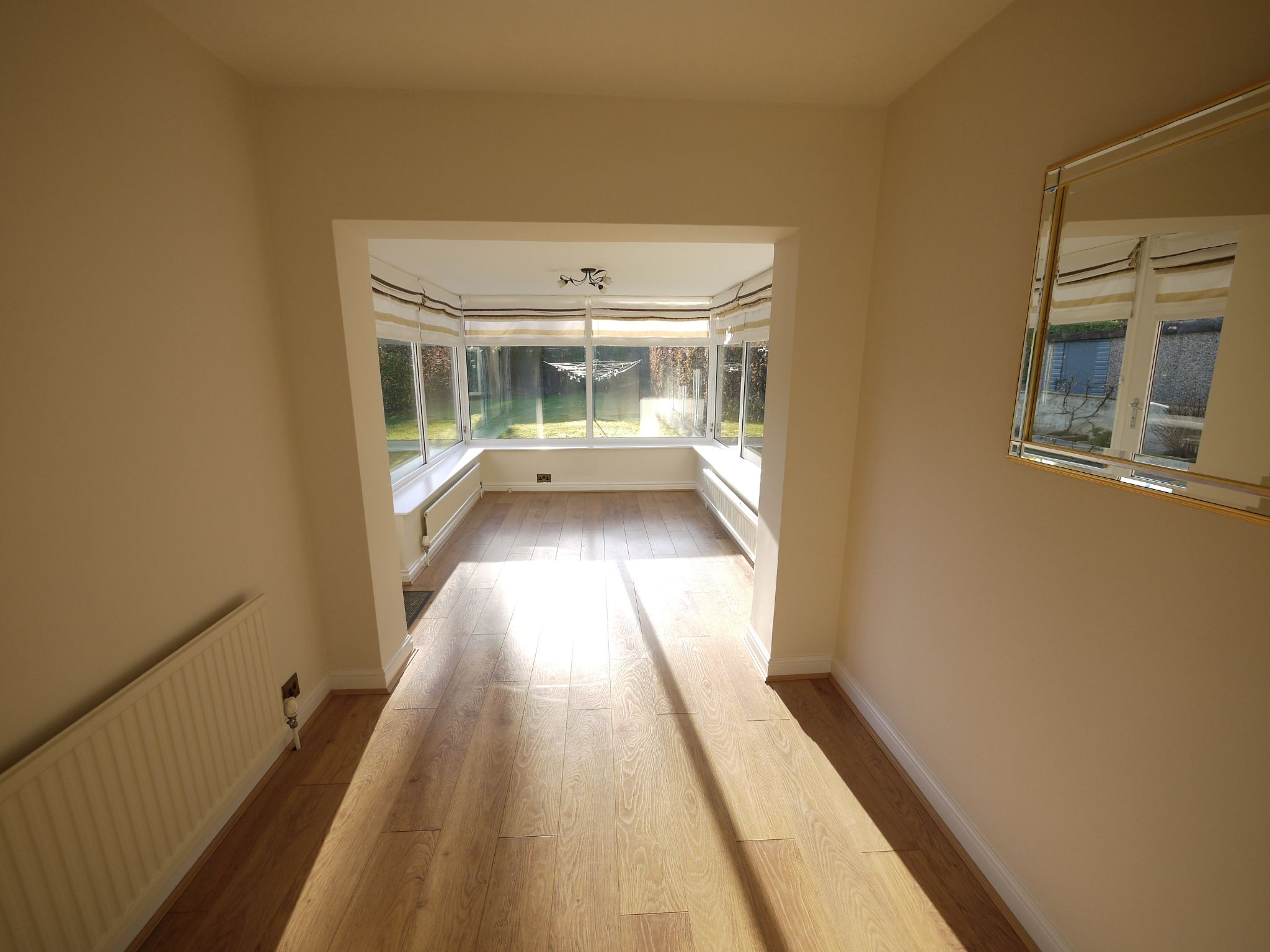 5 bedroom detached bungalow For Sale in Brighouse - dining/garden room.