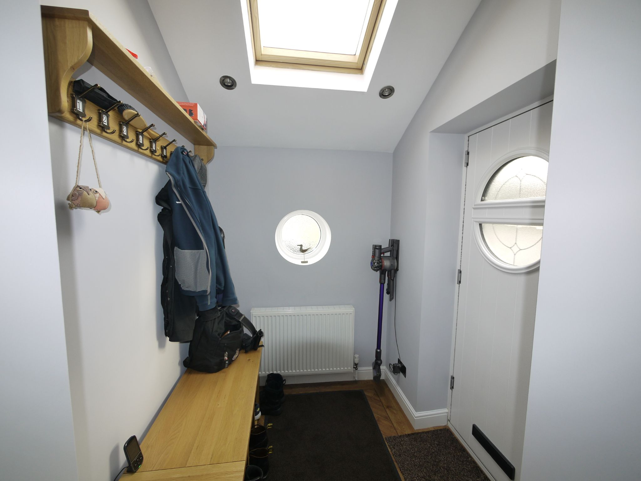 1 bedroom detached house For Sale in Brighouse - Photograph 8.