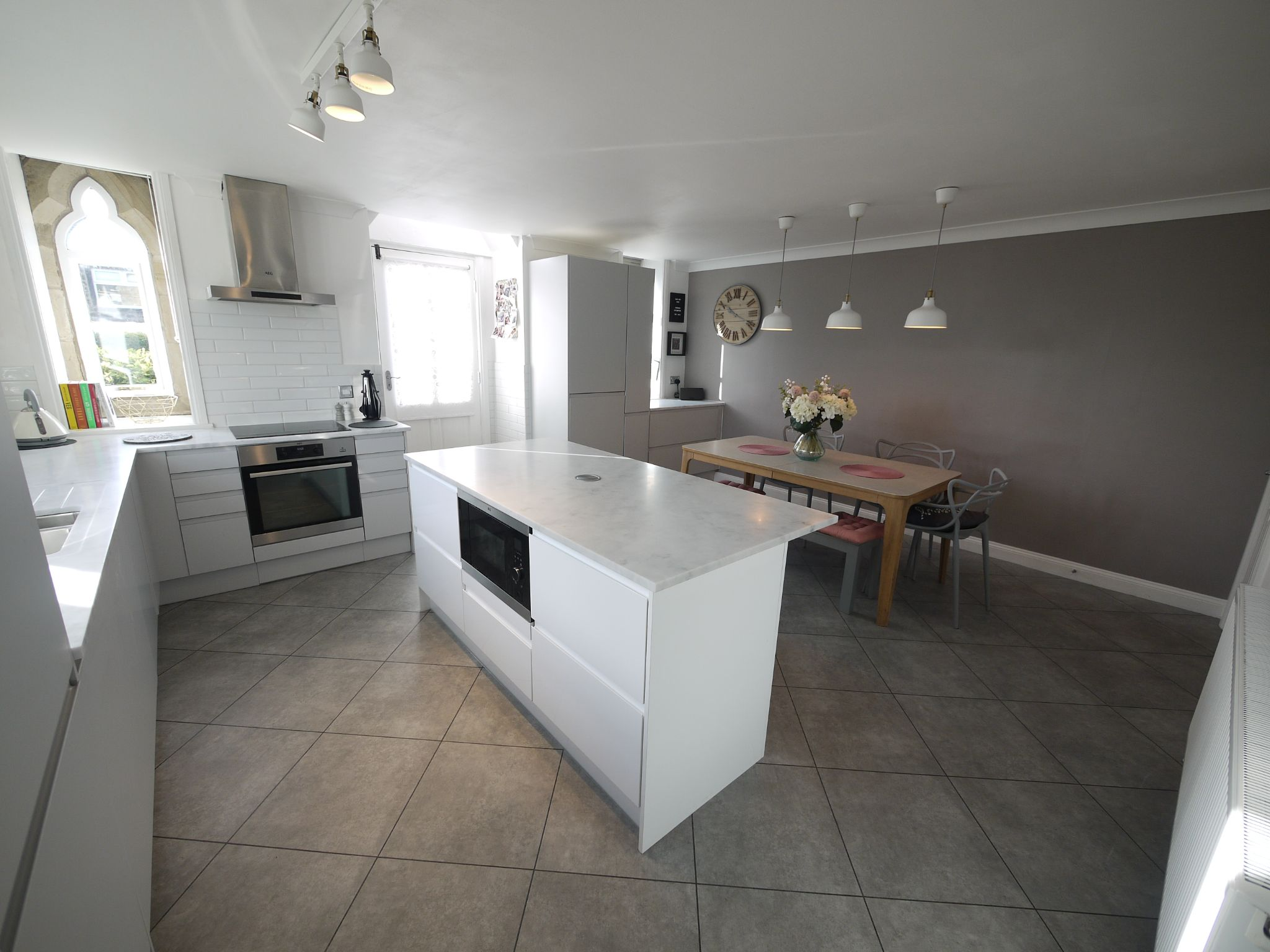 2 bedroom end terraced house SSTC in Cleckheaton - Kitchen 1.