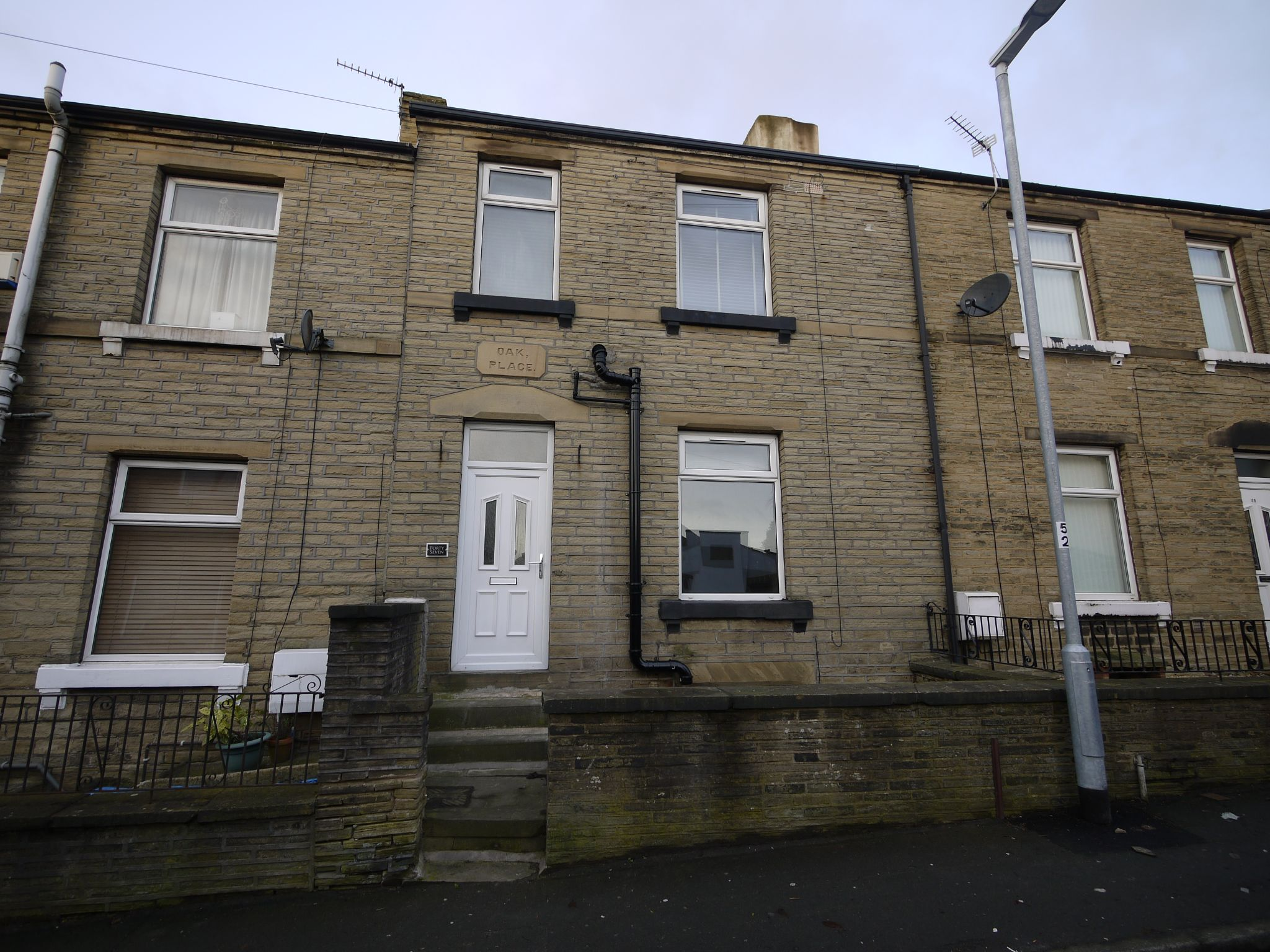 2 bedroom mid terraced house For Sale in Brighouse - Main.