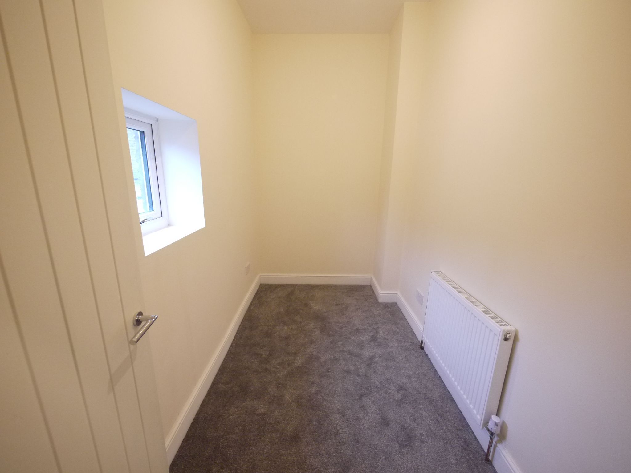 2 bedroom mid terraced house For Sale in Brighouse - Bedroom 2.