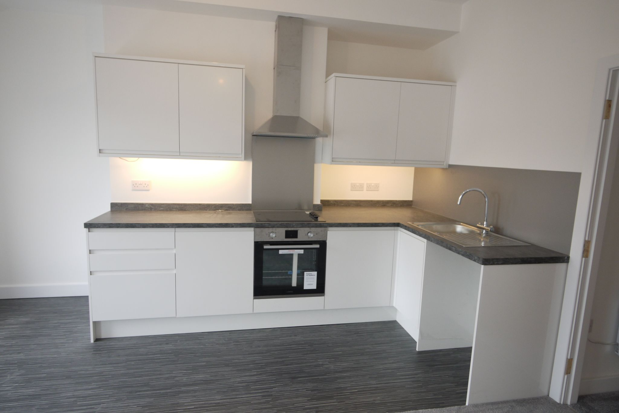 1 bedroom apartment flat/apartment To Let in Brighouse - Kitchen.
