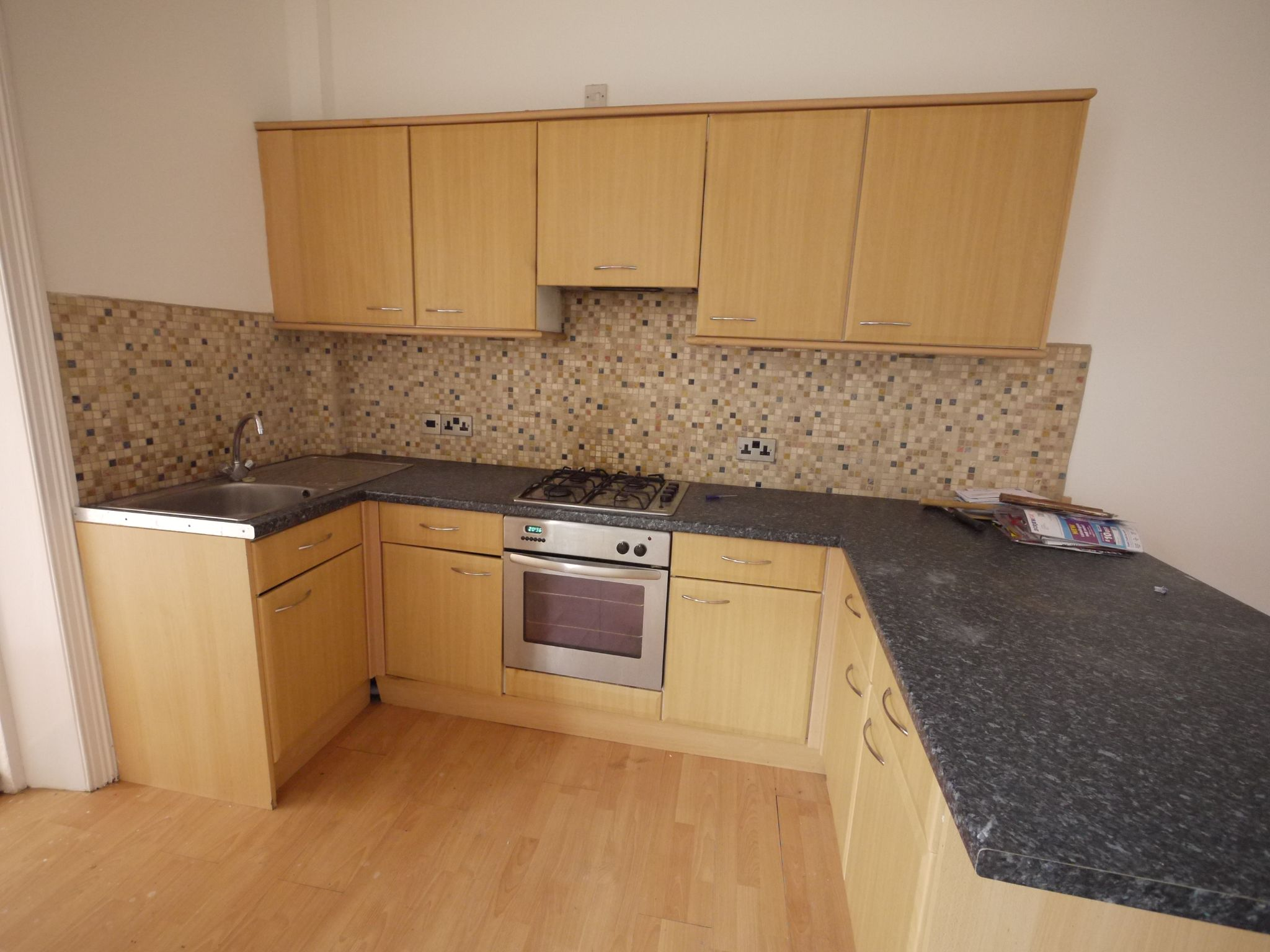 2 bedroom ground floor flat/apartment To Let in Halifax - Kitchen area.