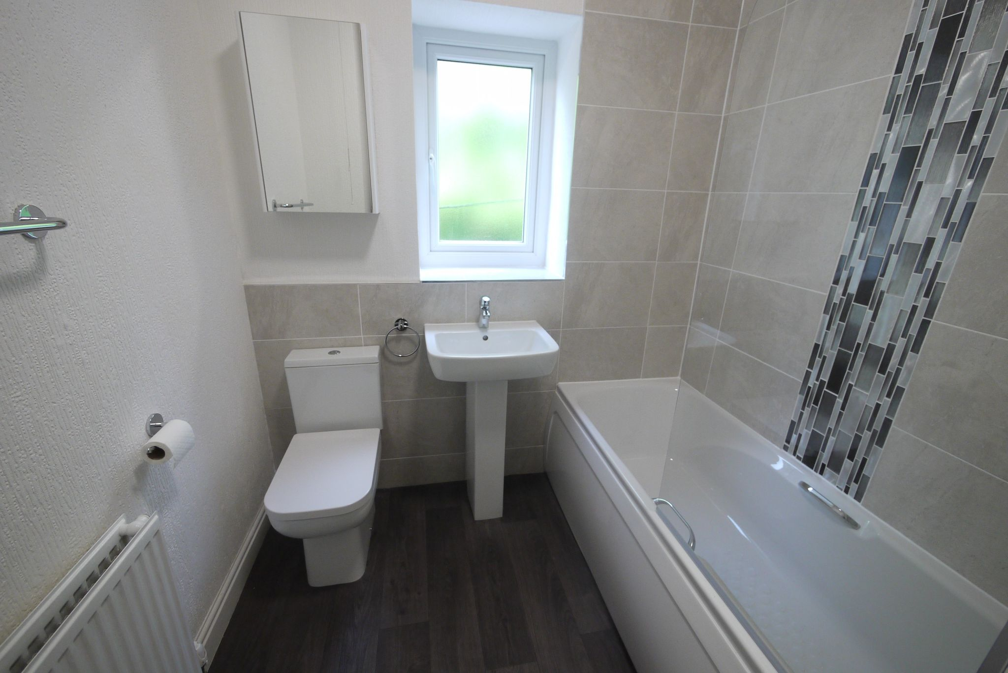 2 bedroom mid terraced house To Let in Halifax - Bathroom.