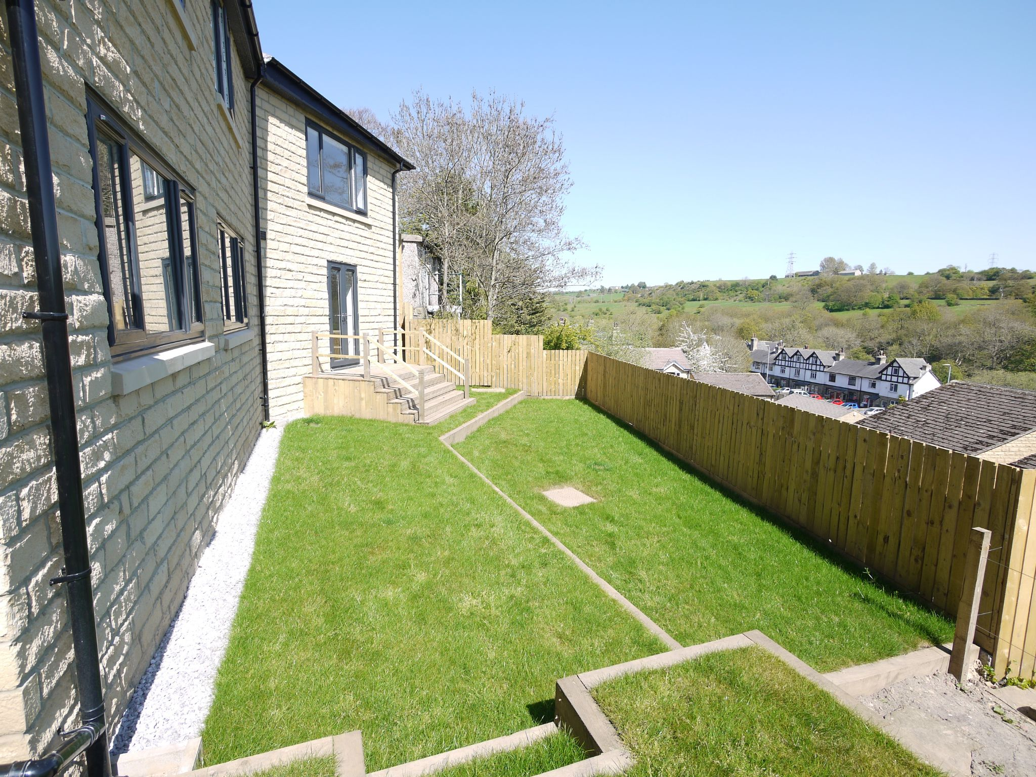 3 bedroom detached house For Sale in Brighouse - Garden 1.
