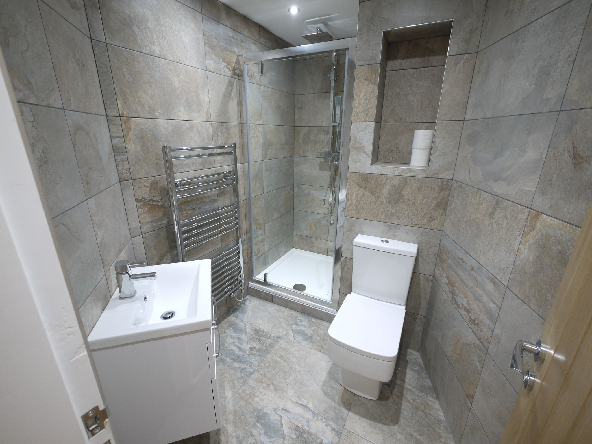 3 bedroom detached house For Sale in Brighouse - En-suite shower room.