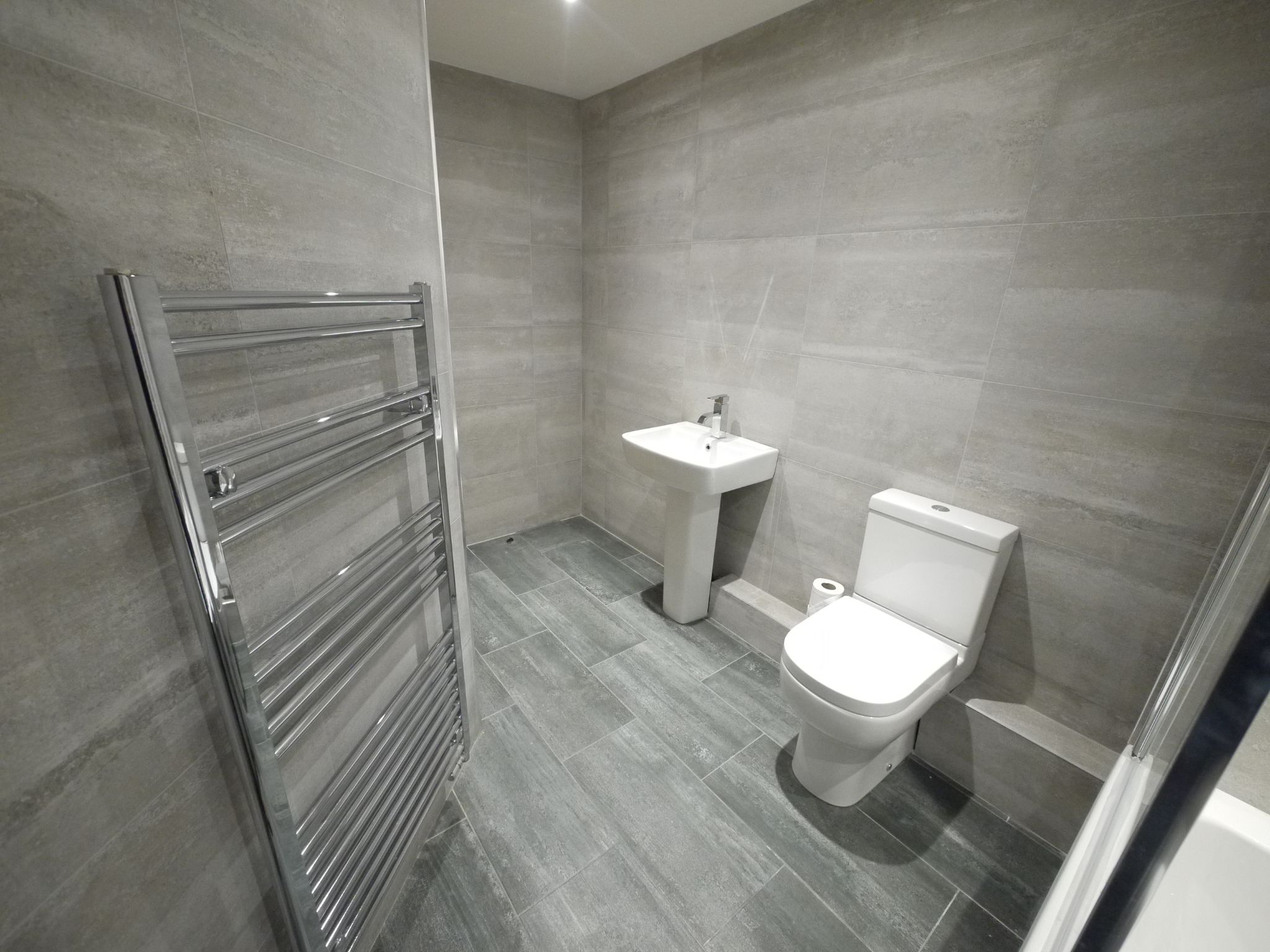 3 bedroom detached house For Sale in Brighouse - Bathroom 3.