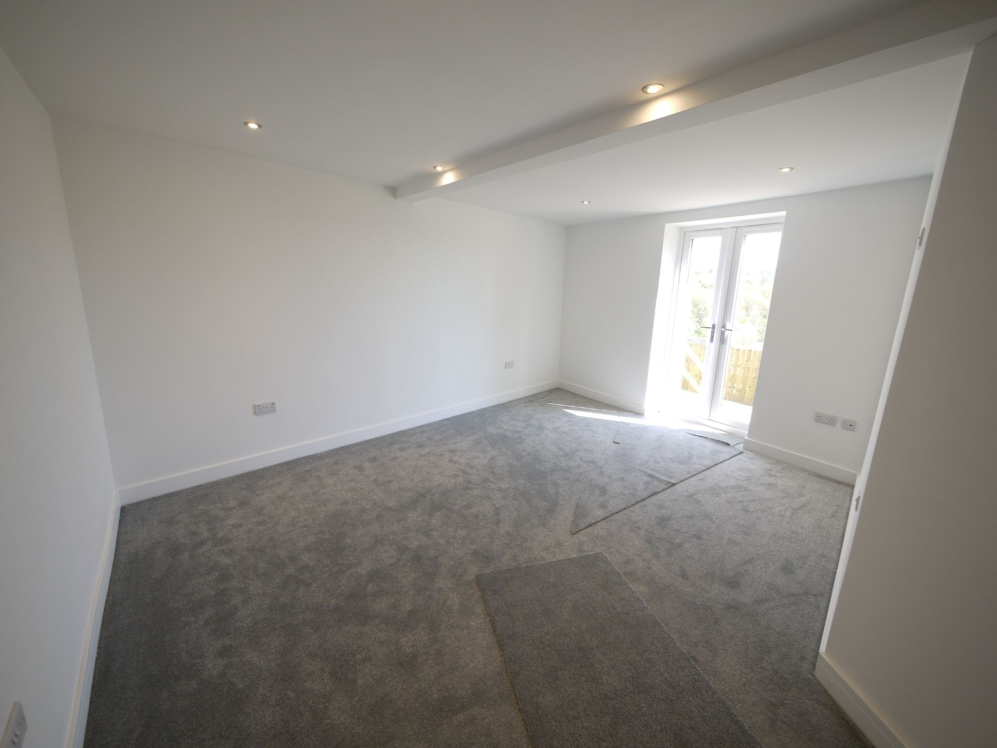 3 bedroom detached house For Sale in Brighouse - Master Bedroom.