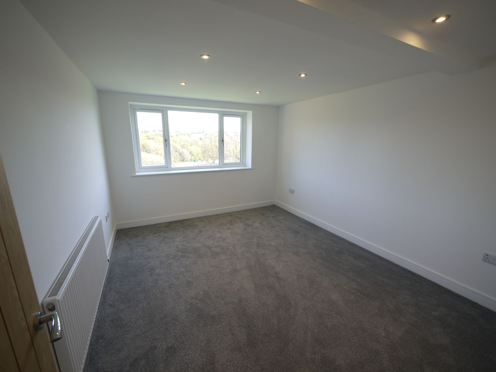 3 bedroom detached house For Sale in Brighouse - Bed 2.