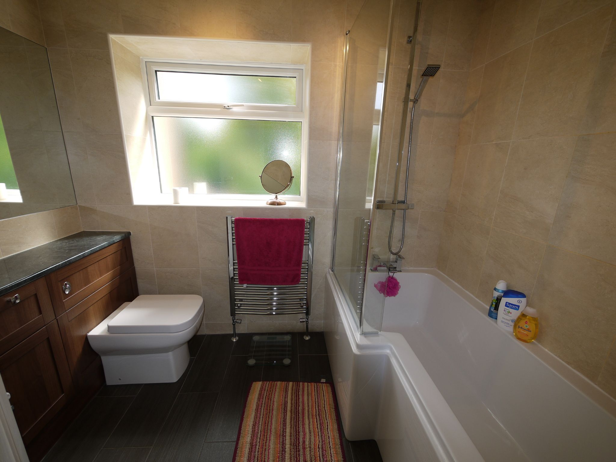4 bedroom semi-detached house For Sale in Brighouse - Bathroom.