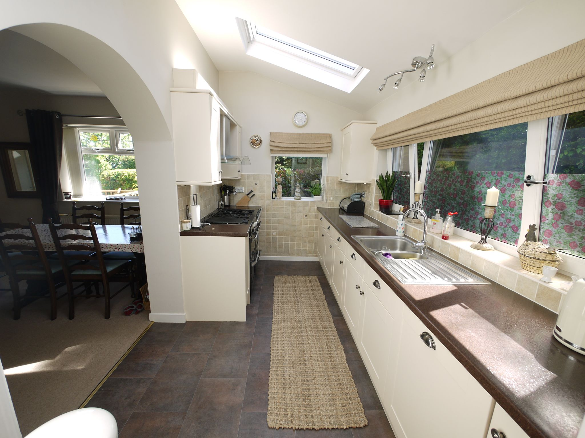 5 bedroom detached house SSTC in Brighouse - Kitchen 2.
