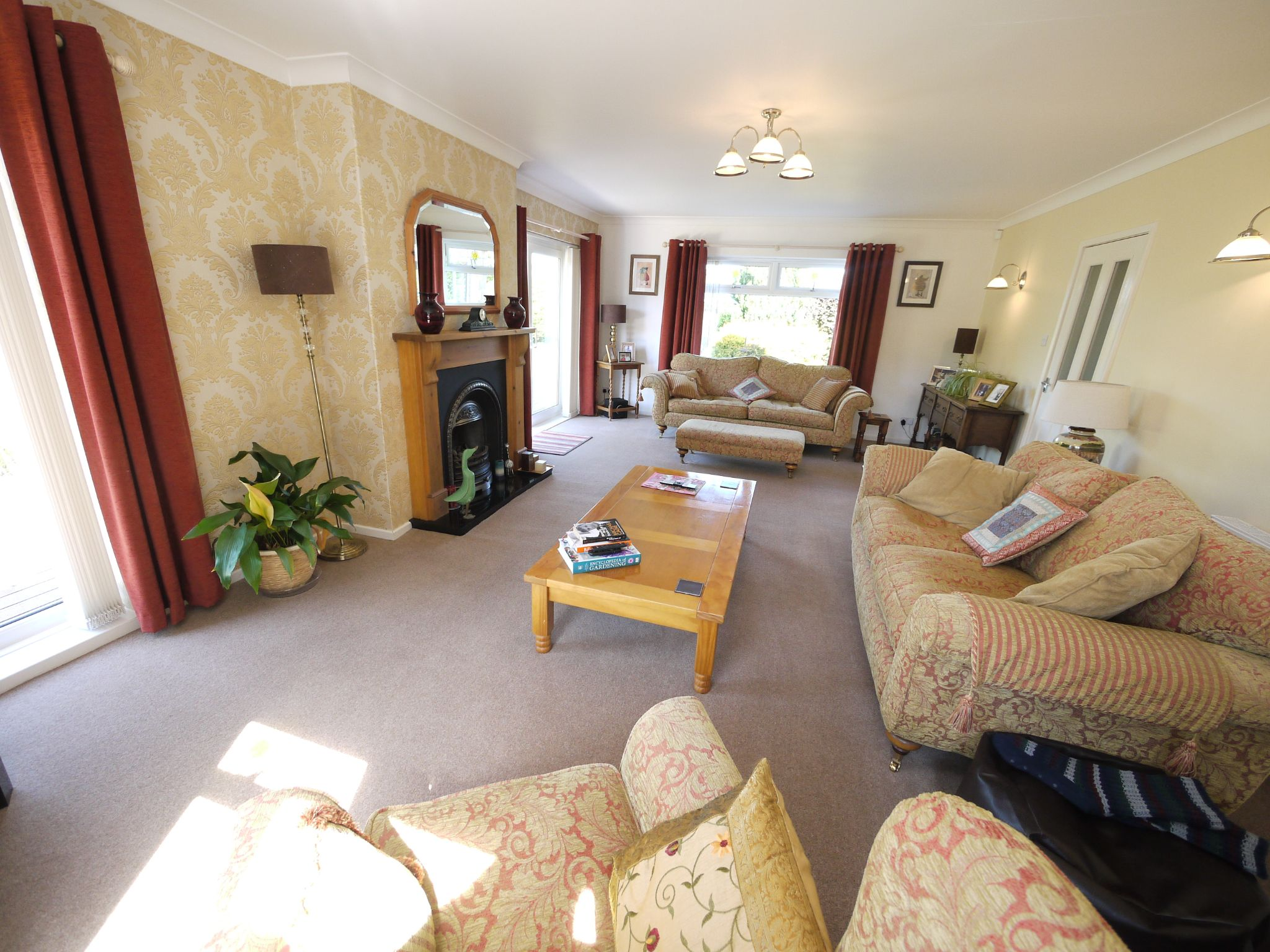 5 bedroom detached house SSTC in Brighouse - Lounge 2.