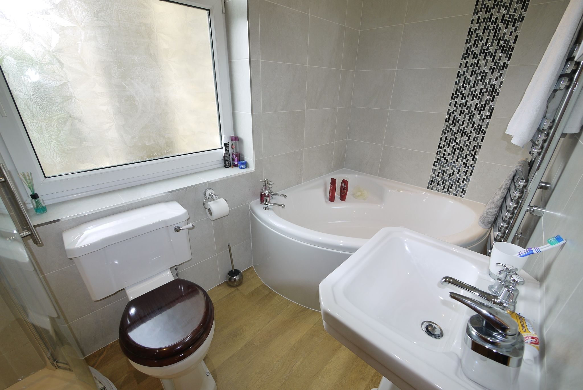 2 bedroom end terraced house SSTC in Brighouse - Bathroom 2.