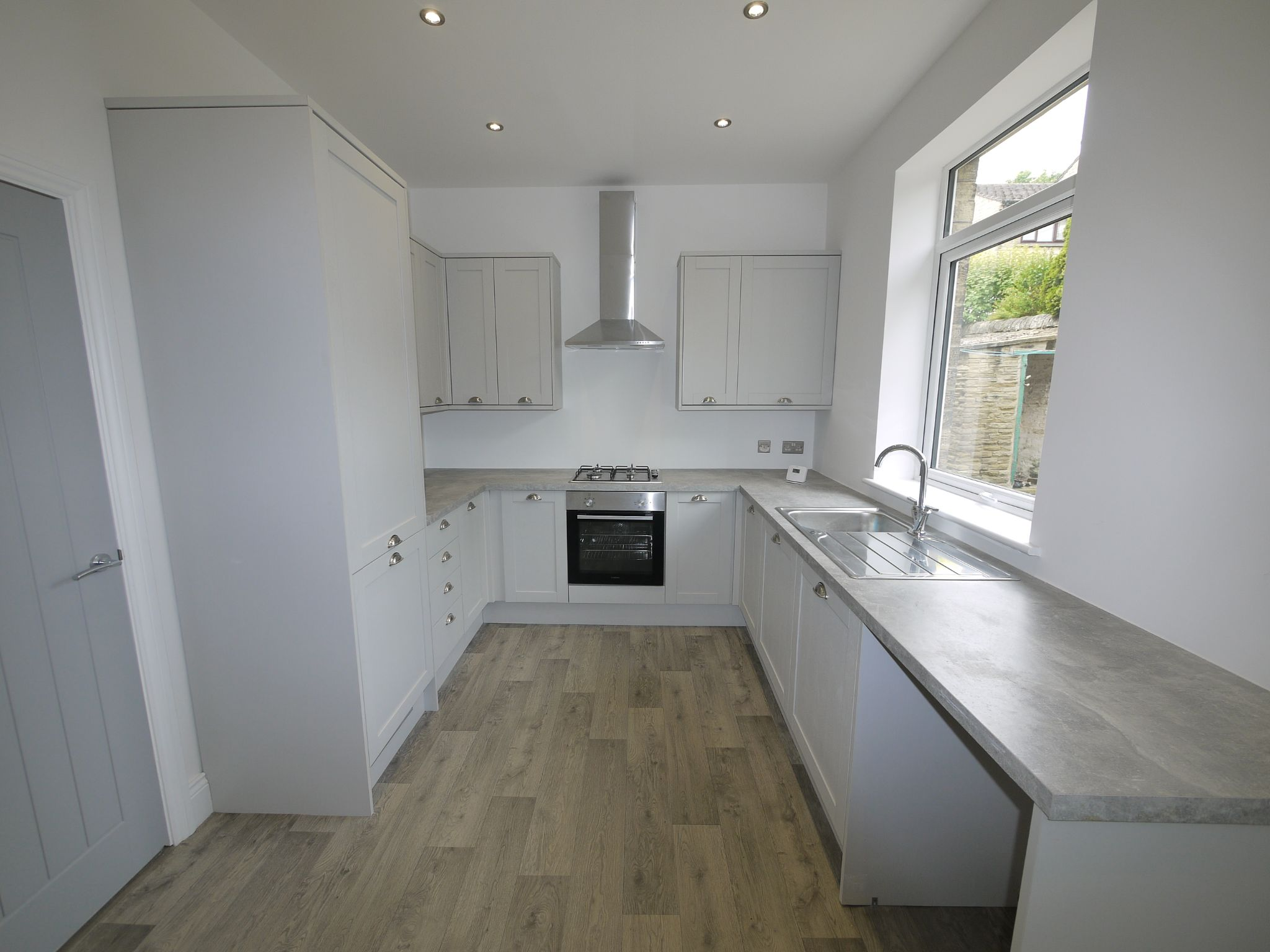 3 bedroom mid terraced house For Sale in Brighouse - Kitchen.
