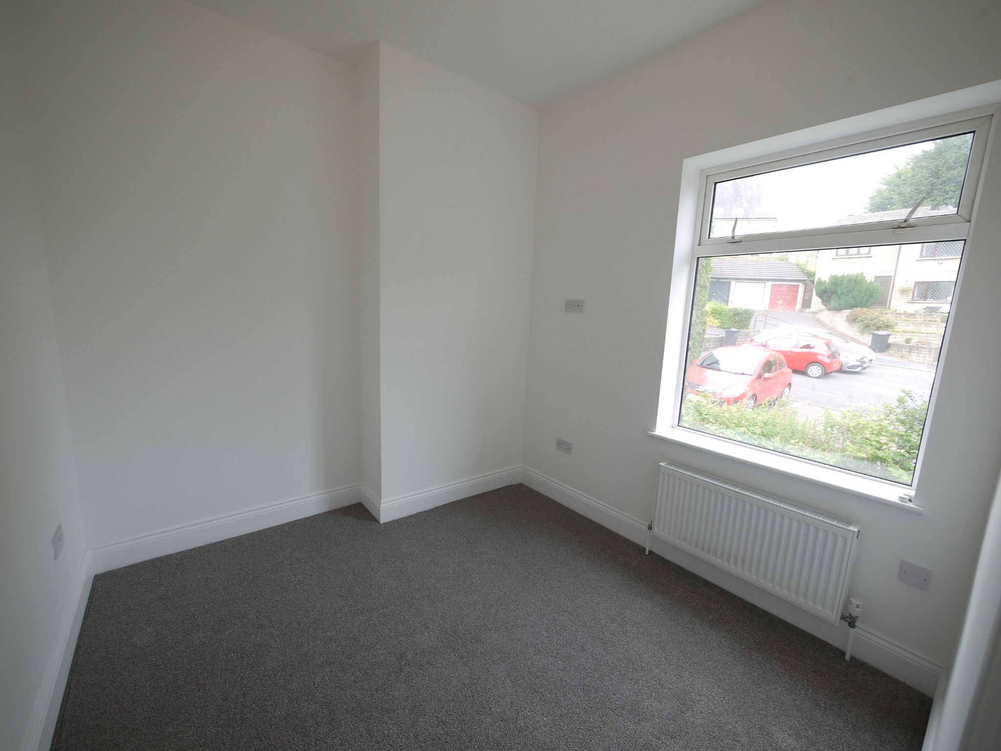 3 bedroom mid terraced house For Sale in Brighouse - bedroom 2.