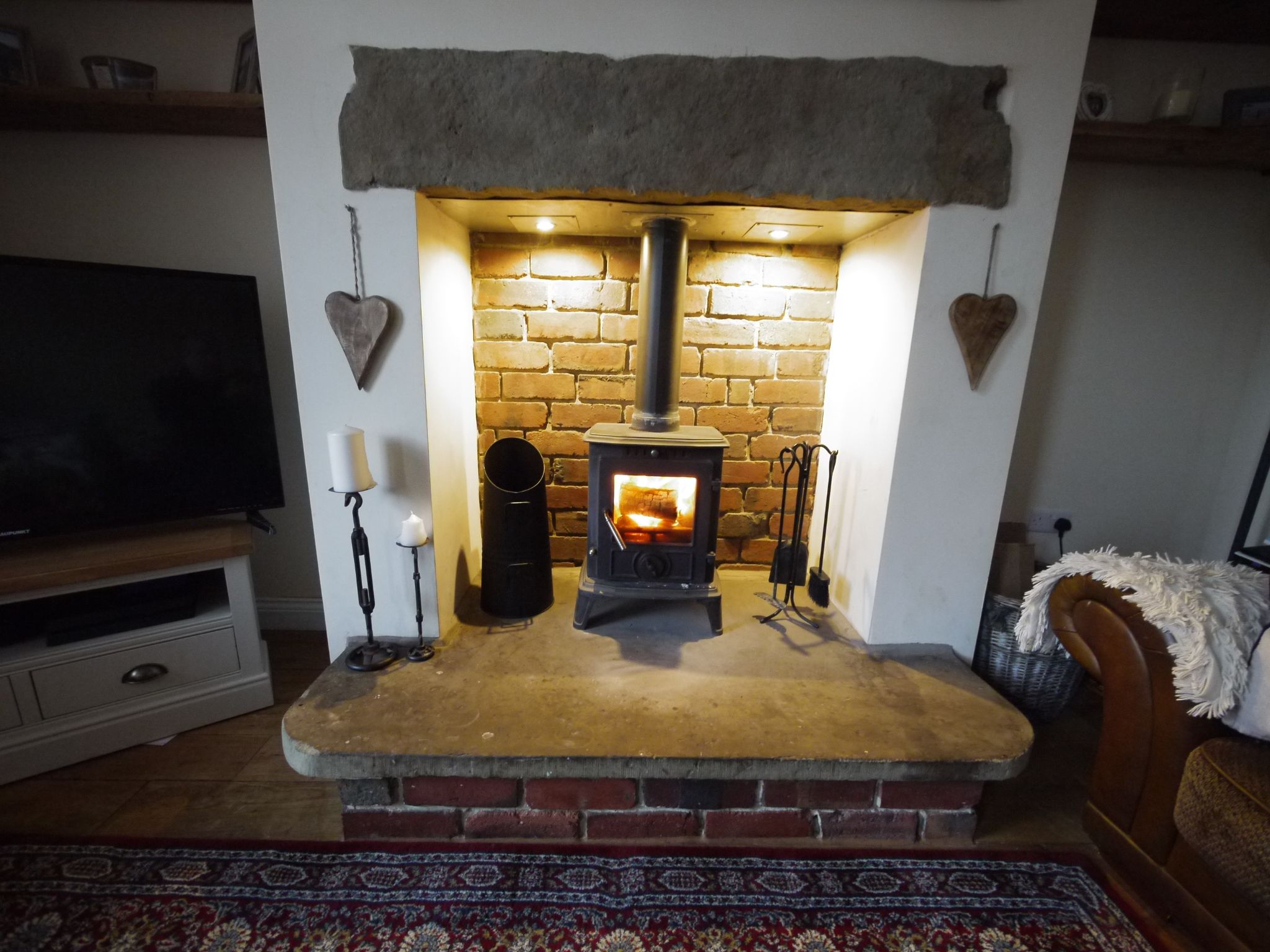 2 bedroom mid terraced house SSTC in Brighouse - Fireplace.