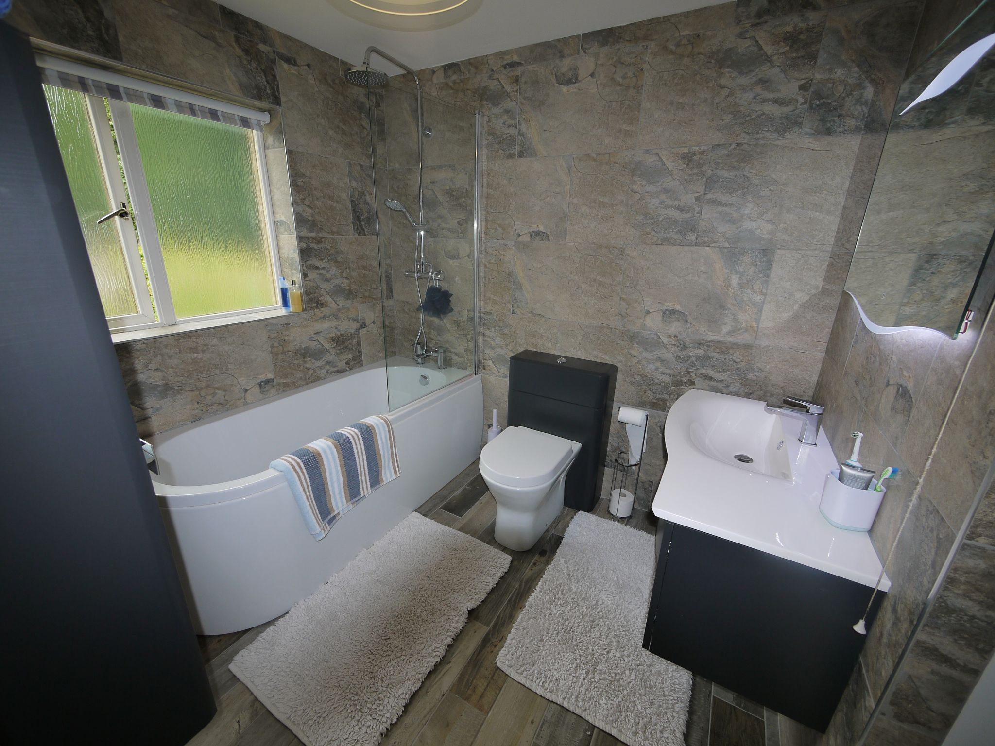 4 bedroom detached house For Sale in Brighouse - Bathroom.