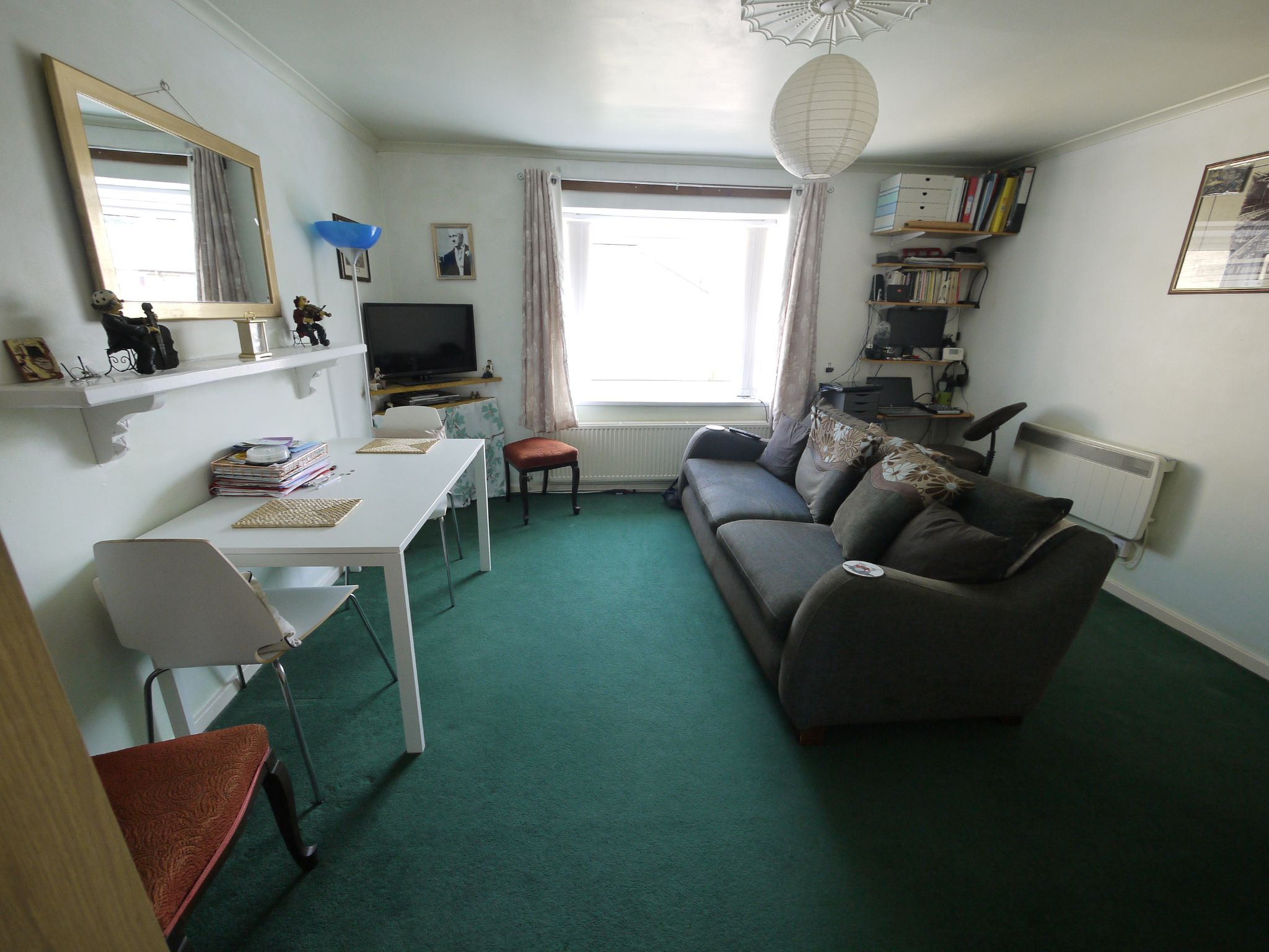 1 bedroom flat flat/apartment SSTC in Brighouse - Lounge.