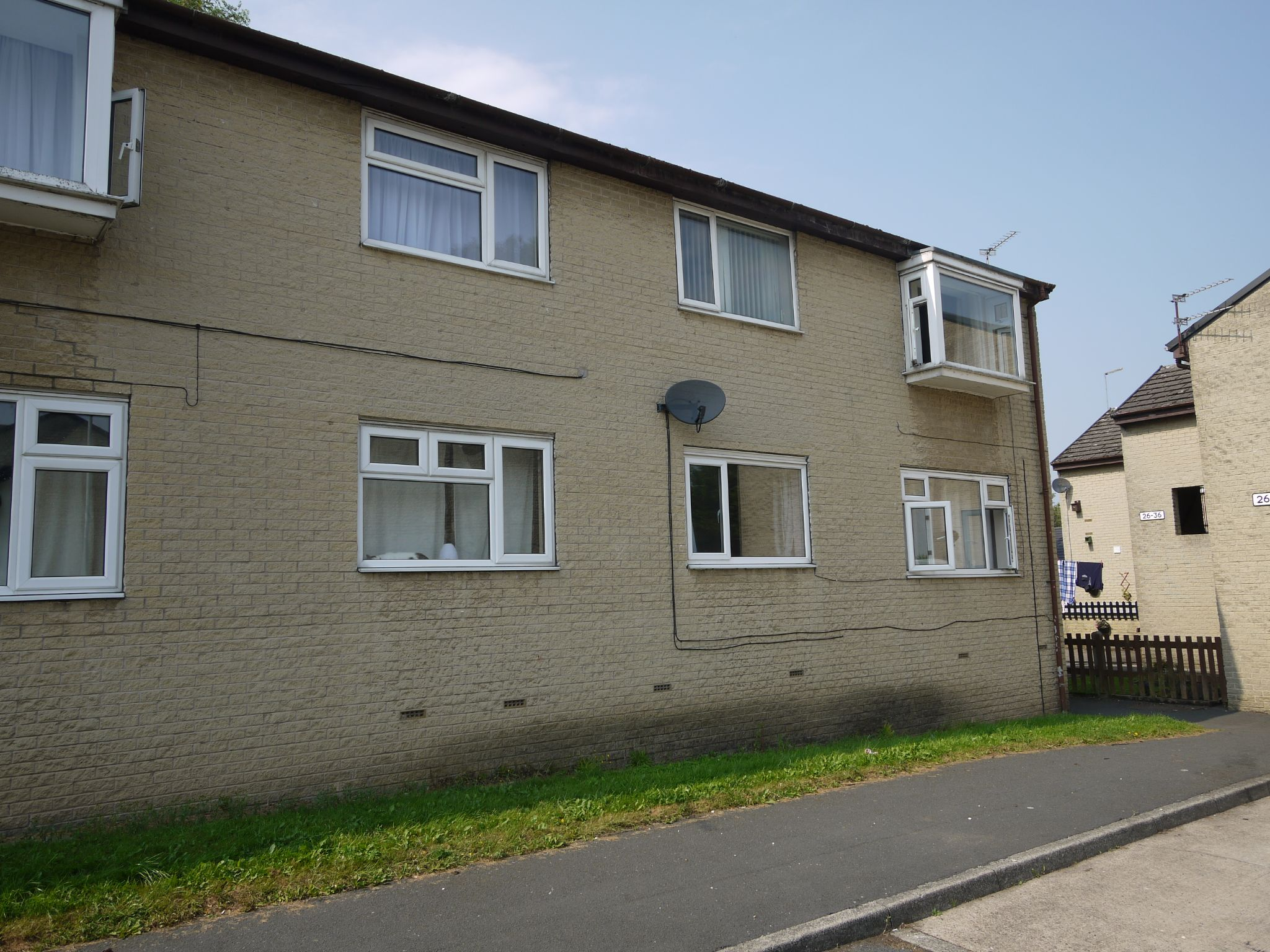 1 bedroom flat flat/apartment SSTC in Brighouse - Main.