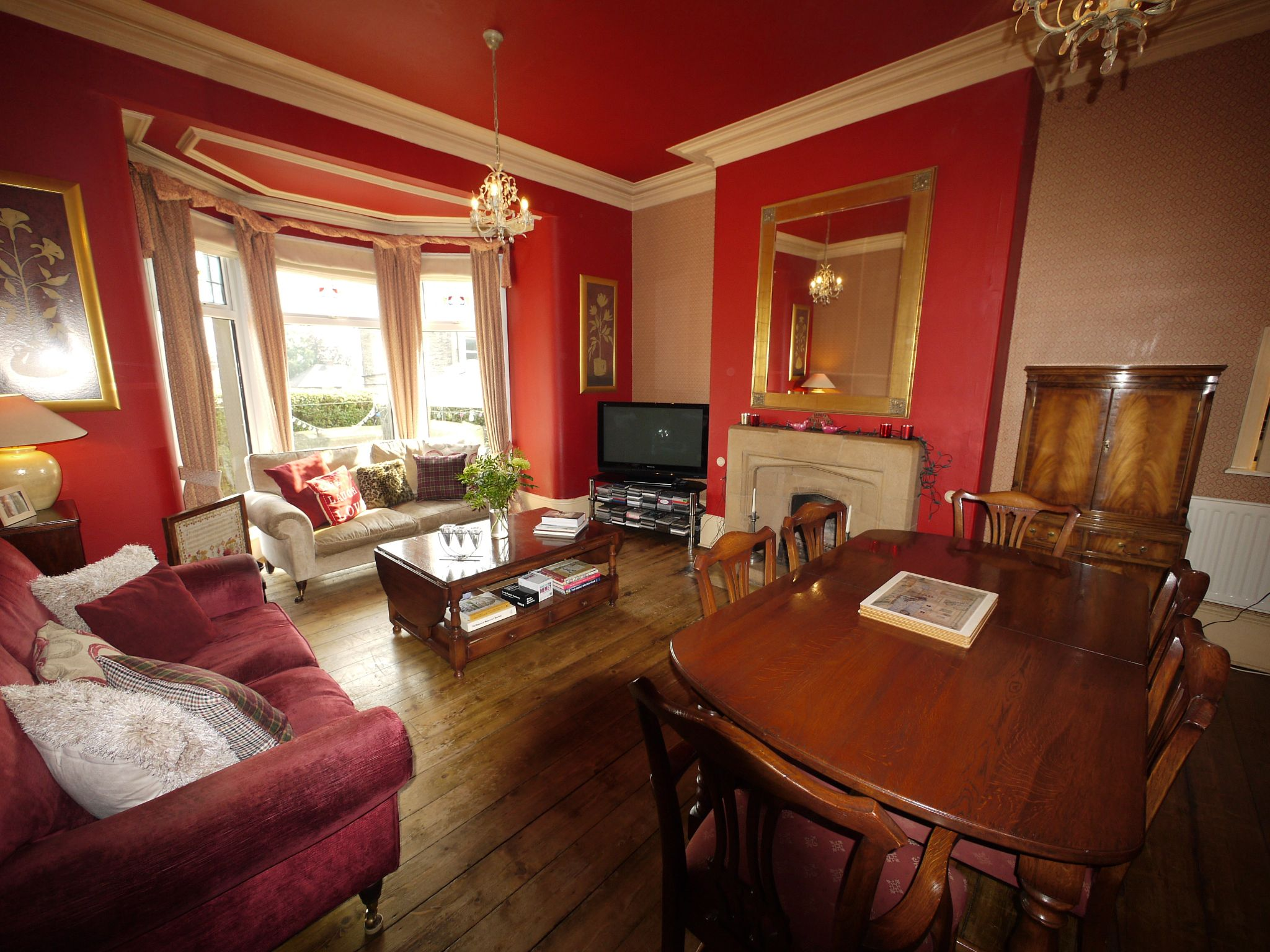 5 bedroom end terraced house Sold in Halifax - Dining Room.