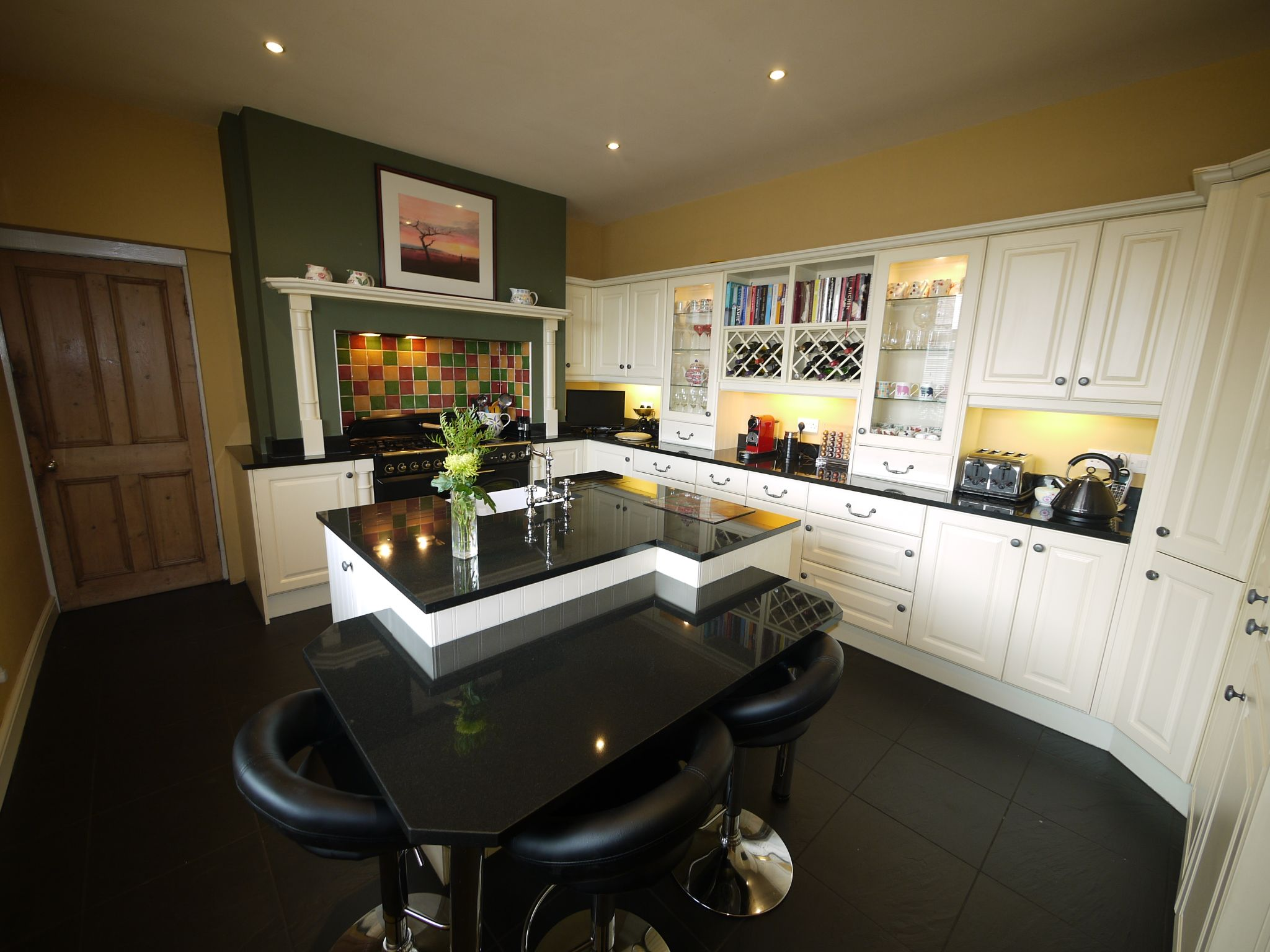 5 bedroom end terraced house Sold in Halifax - Kitchen 1.