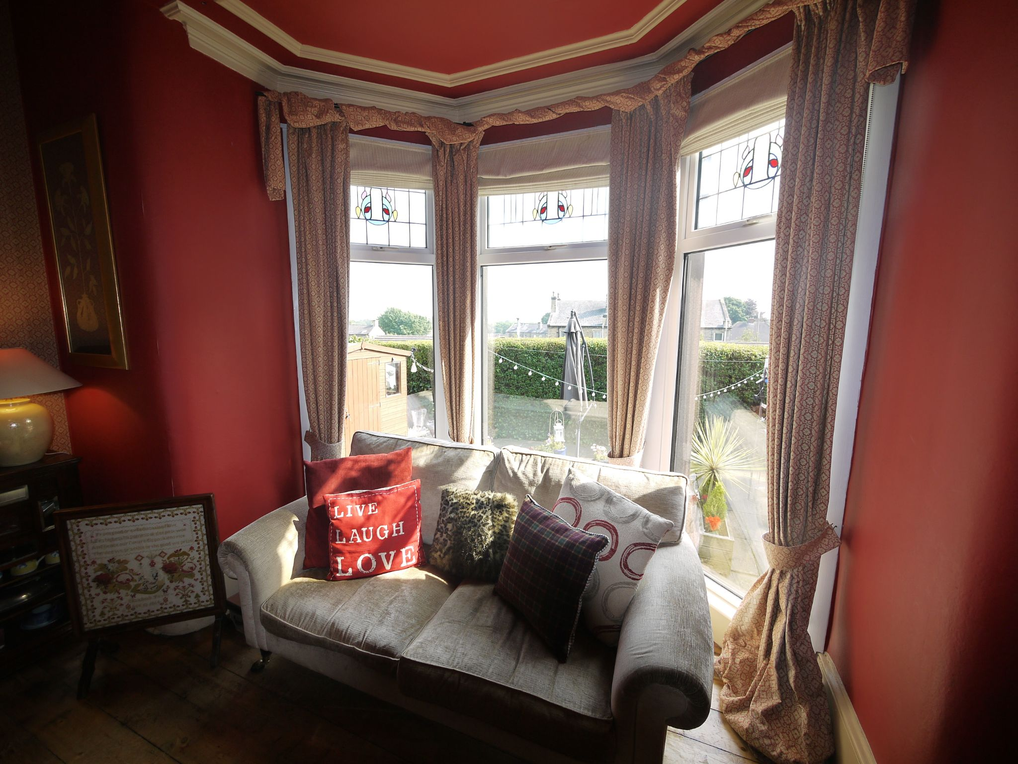 5 bedroom end terraced house Sold in Halifax - Dining room window.