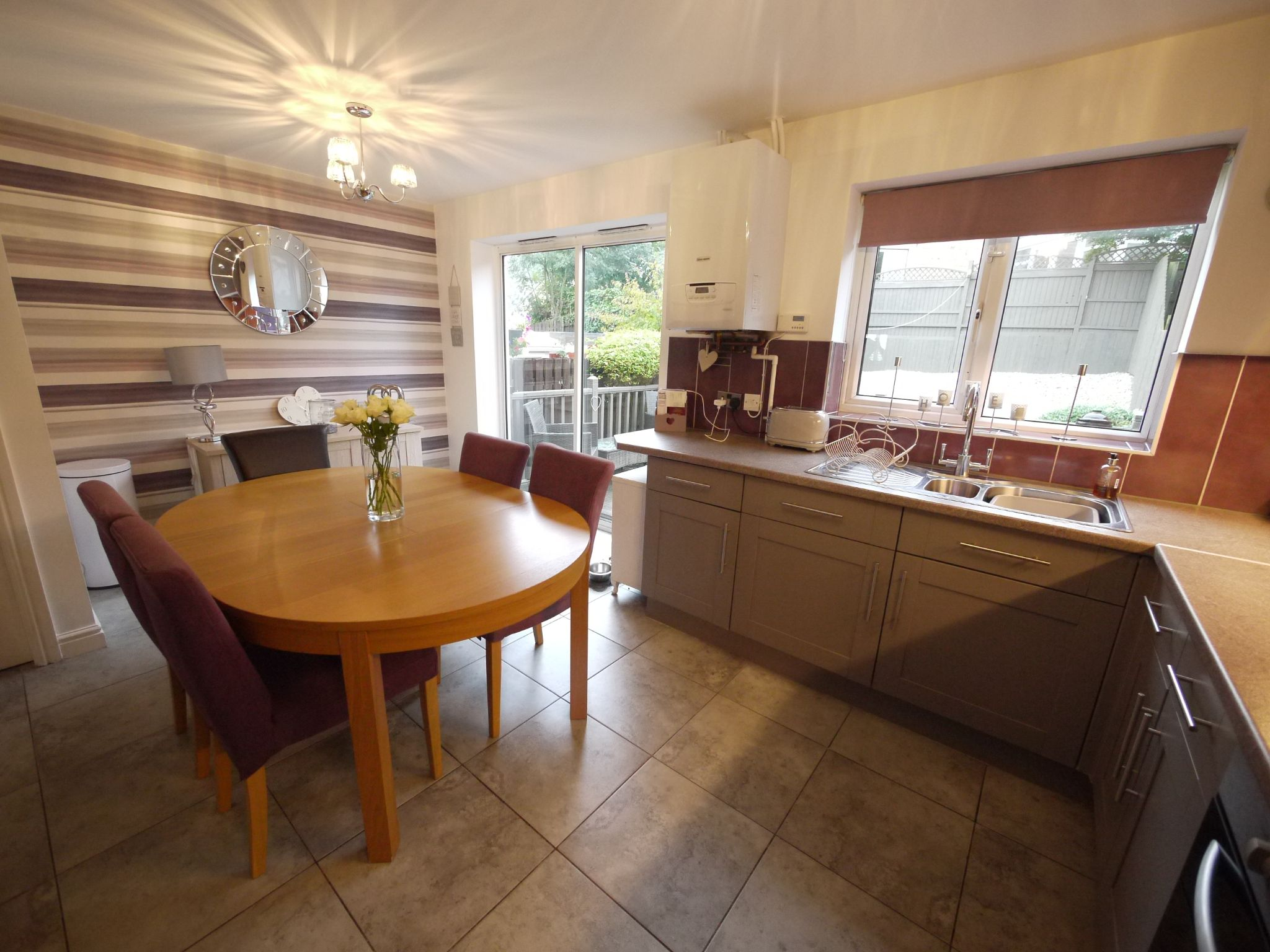 4 bedroom town house For Sale in Brighouse - Dining Kitchen 2.
