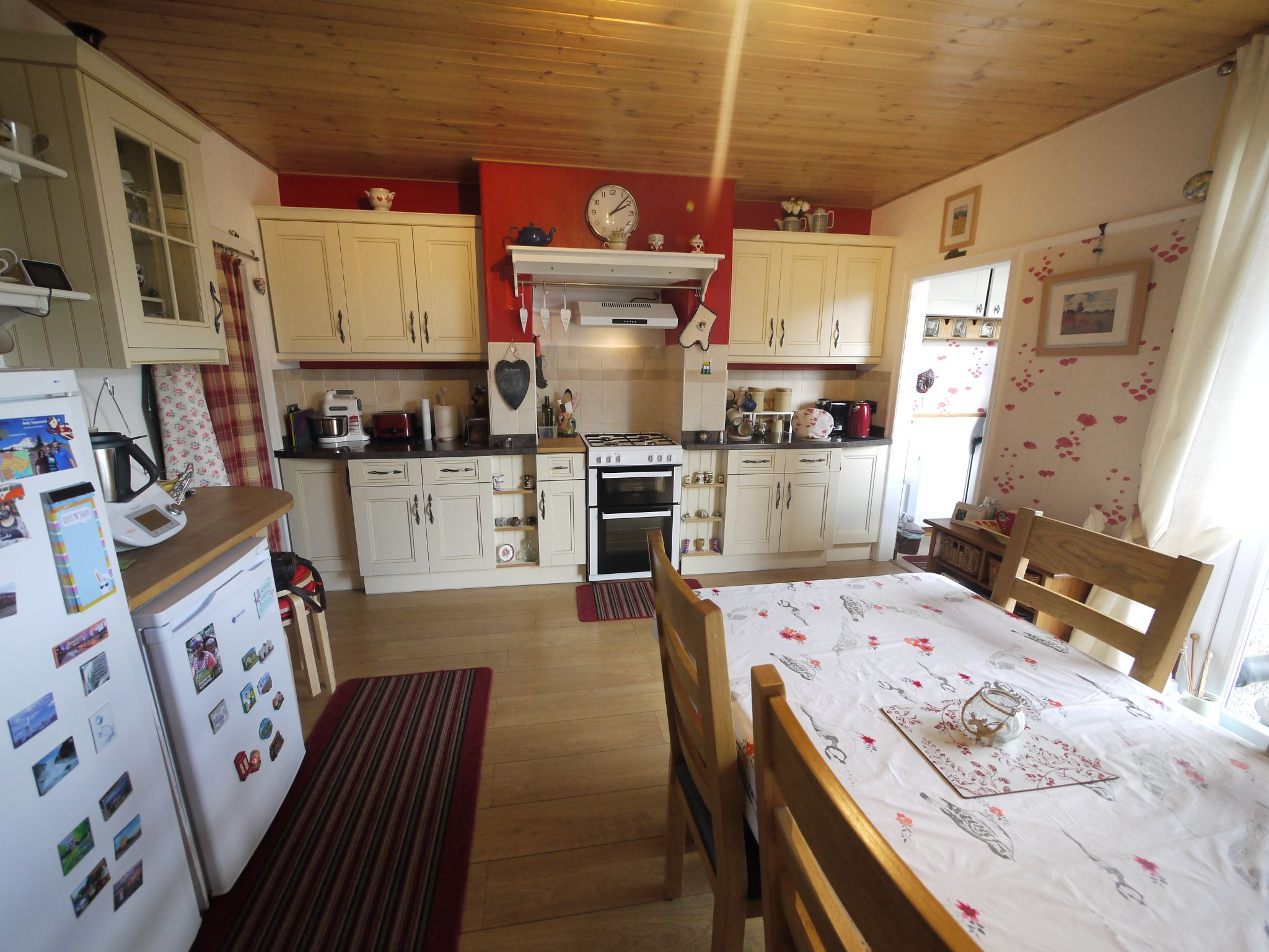 3 bedroom semi-detached house SSTC in Calderdale - Photograph 9.