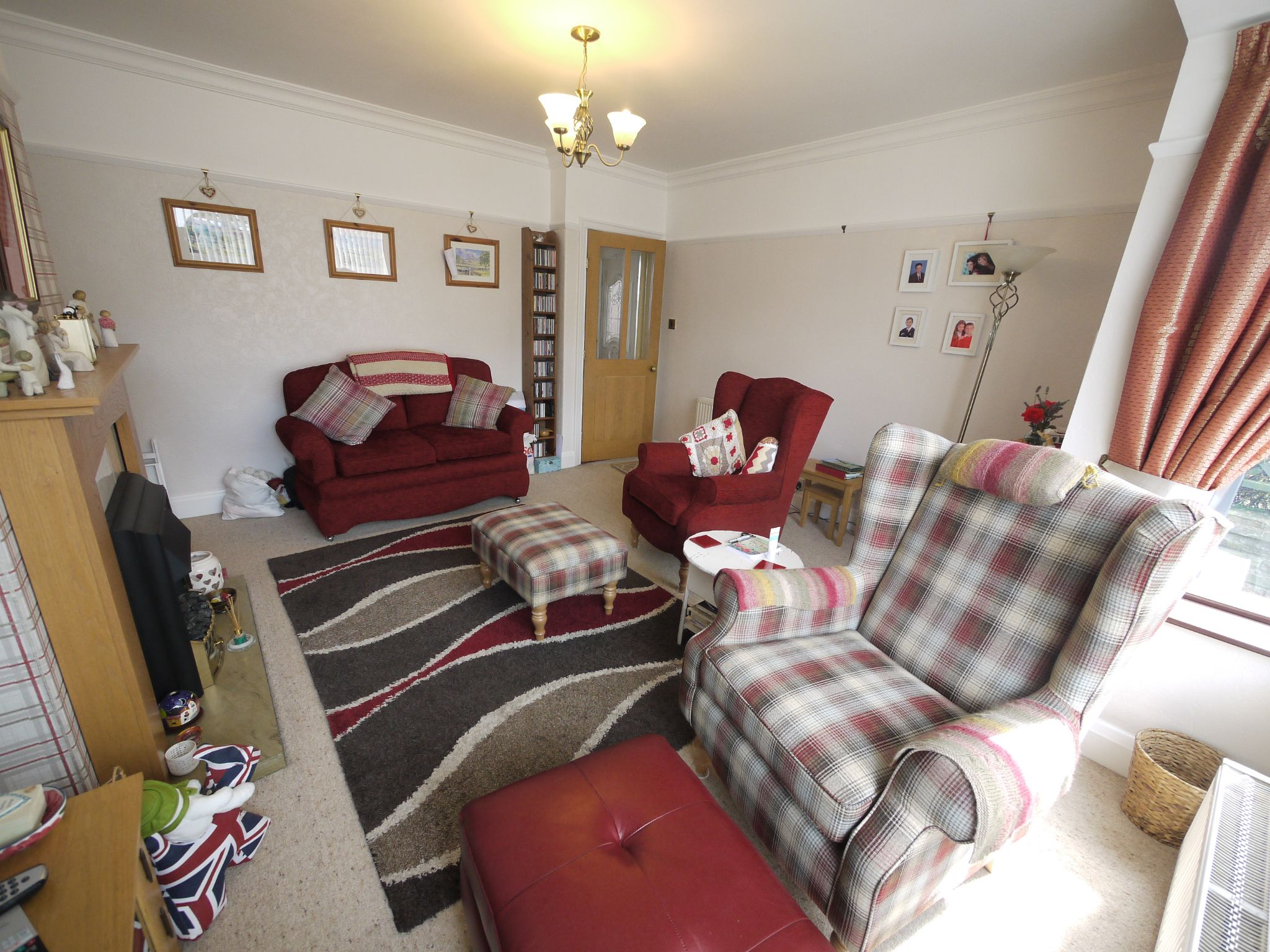 3 bedroom semi-detached house SSTC in Calderdale - Photograph 11.