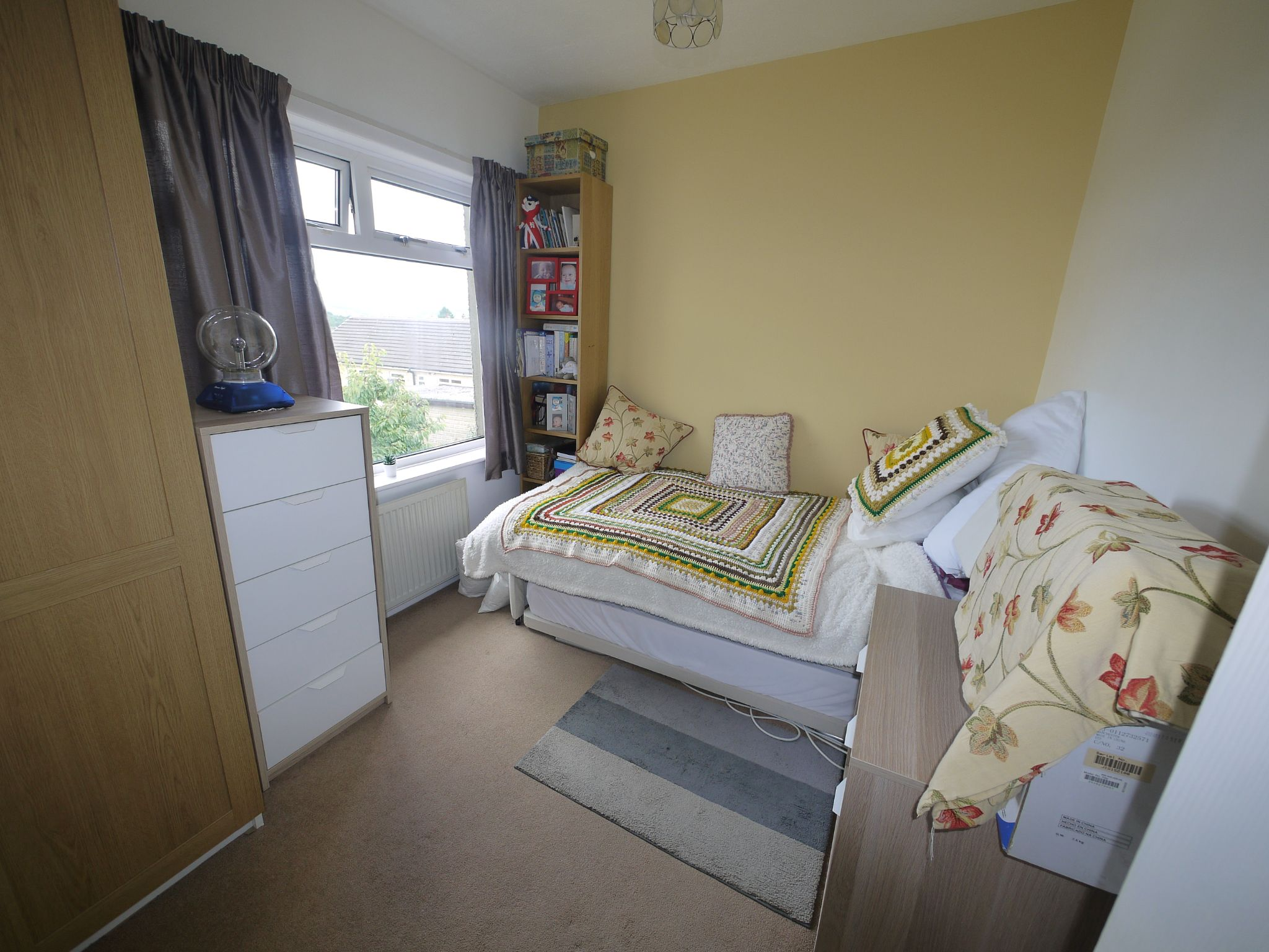 3 bedroom semi-detached house SSTC in Calderdale - Photograph 7.