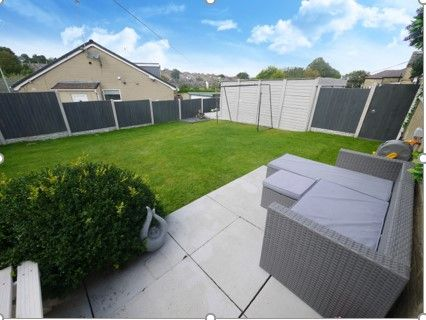 3 bedroom detached bungalow SSTC in Brighouse - Photograph 10.