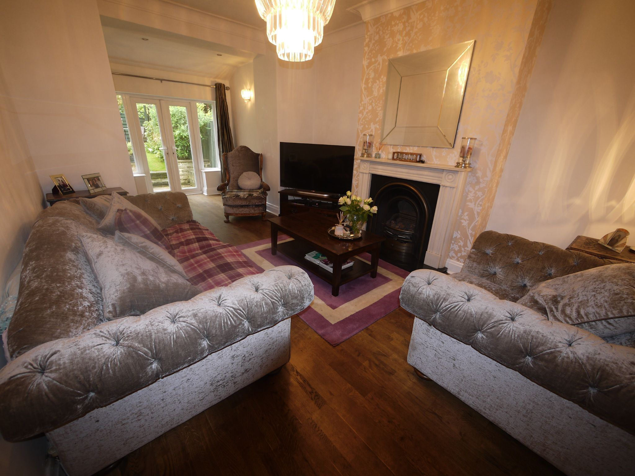 4 bedroom semi-detached house SSTC in Halifax - Lounge 1.