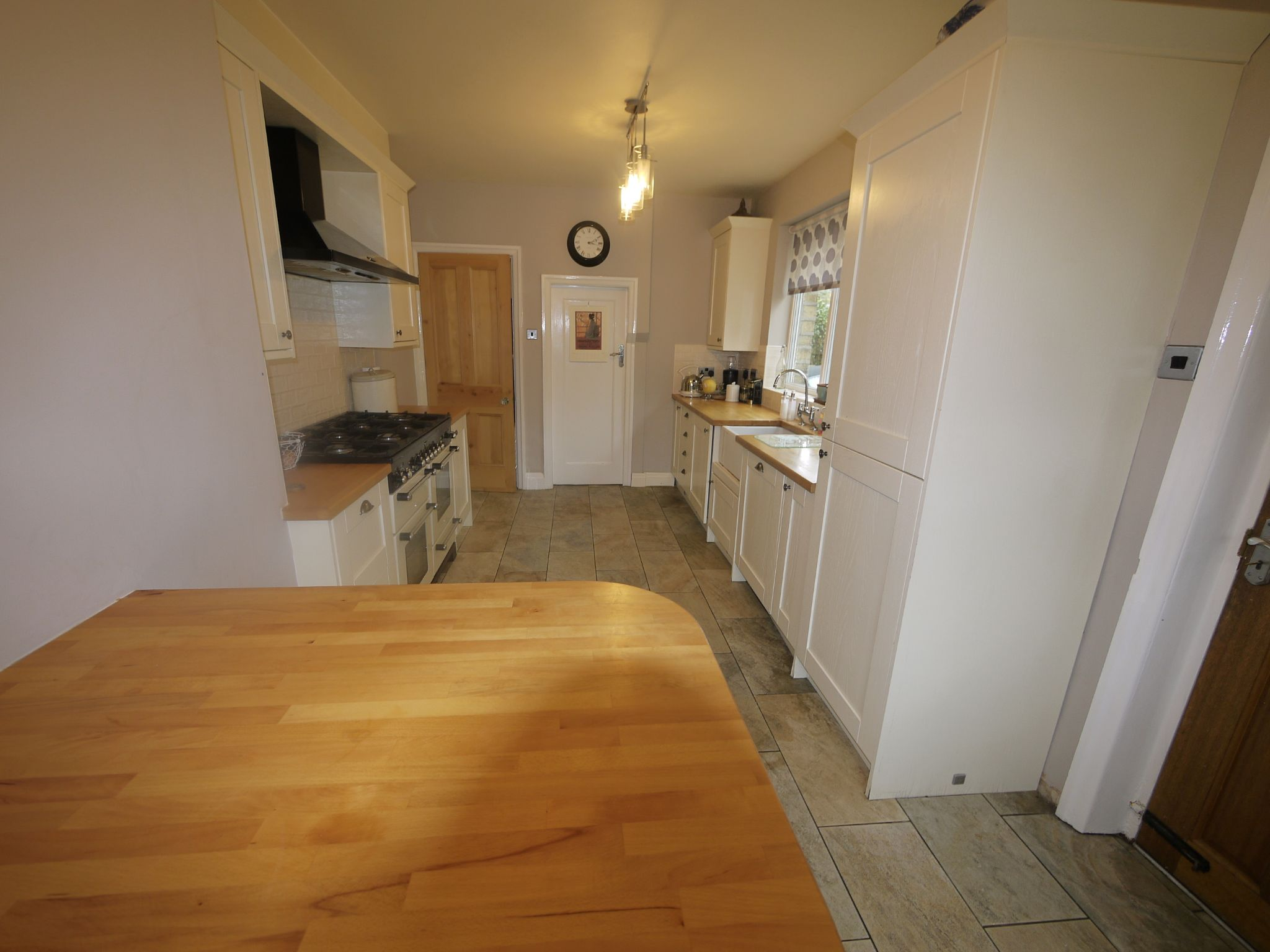 4 bedroom semi-detached house SSTC in Halifax - Kitchen 3.