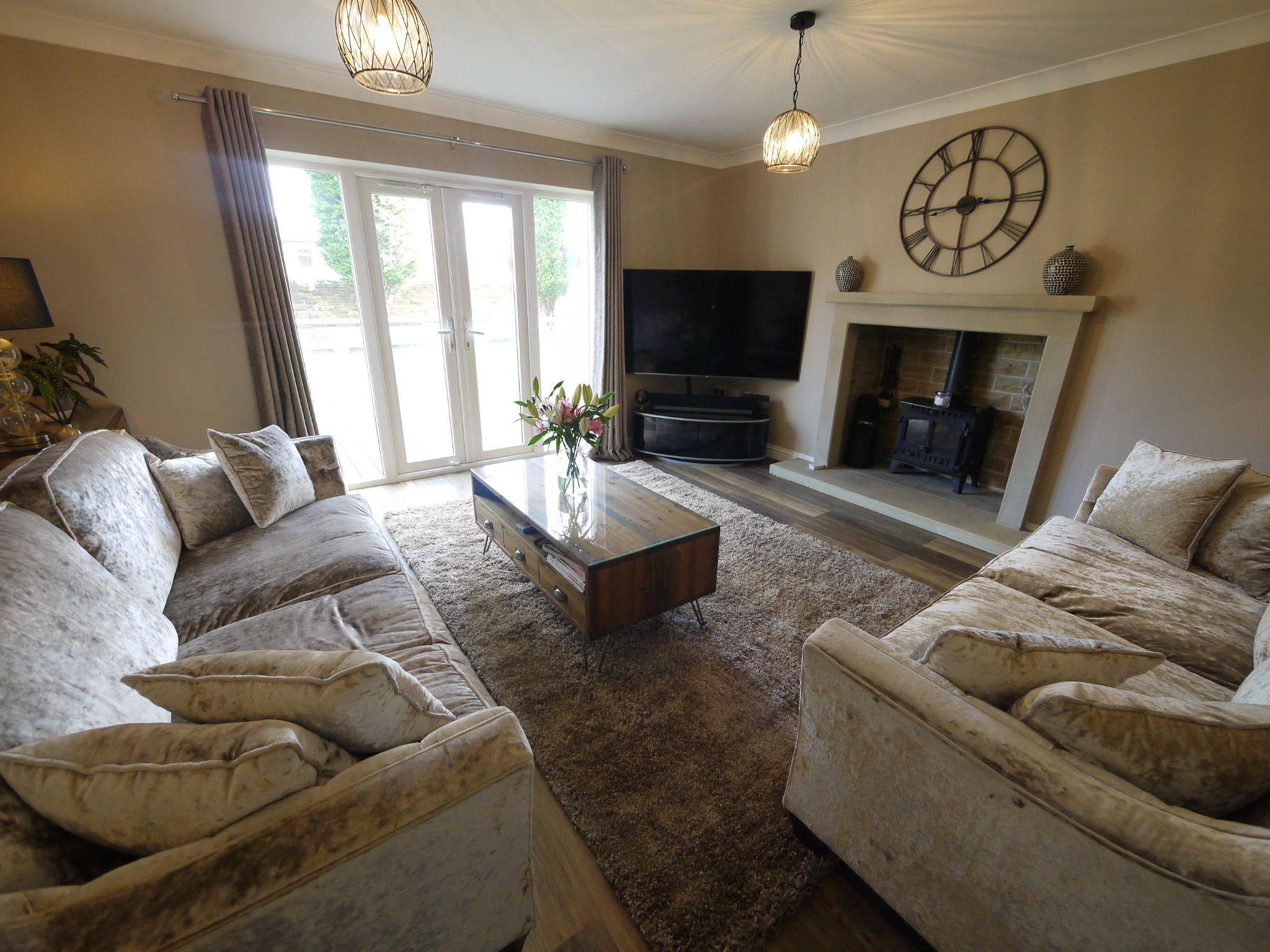 4 bedroom detached house SSTC in Halifax - Lounge 2.
