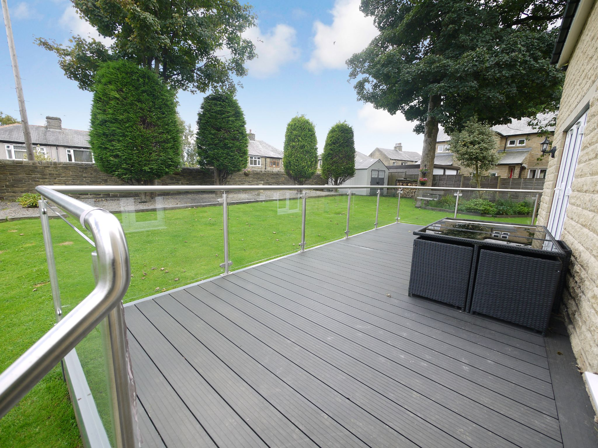 4 bedroom detached house SSTC in Halifax - Decking.