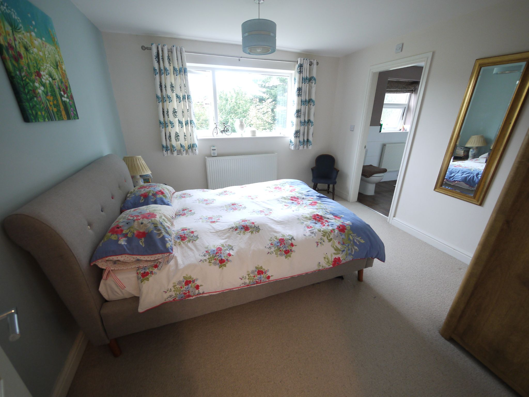 6 bedroom detached house SSTC in Halifax - bed 2.