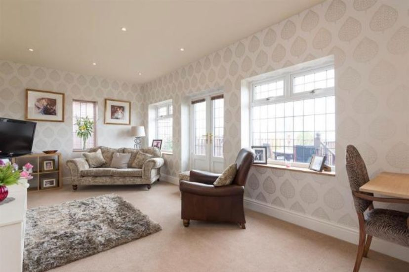 6 bedroom detached house For Sale in Huddersfield - Lounge 2.
