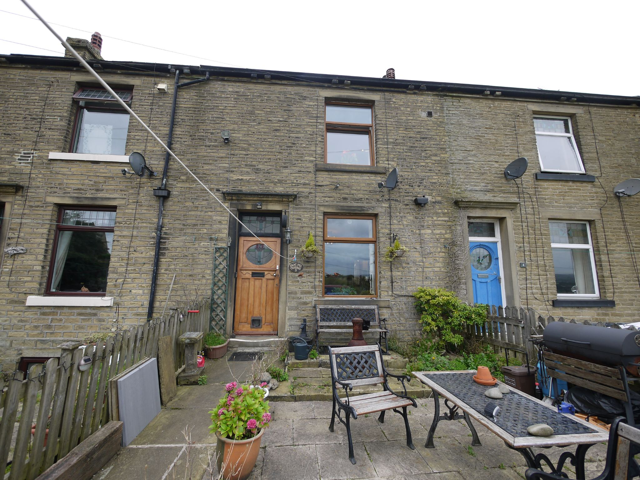 1 bedroom mid terraced house For Sale in Elland - Main.