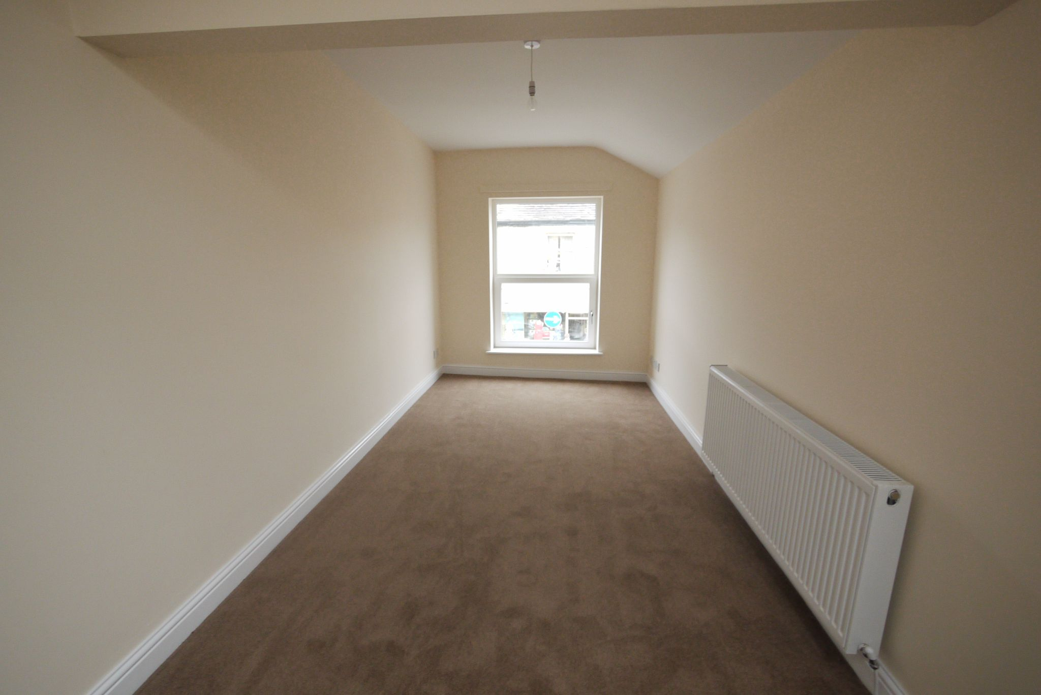 1 bedroom apartment flat/apartment To Let in Calderdale - Lounge.