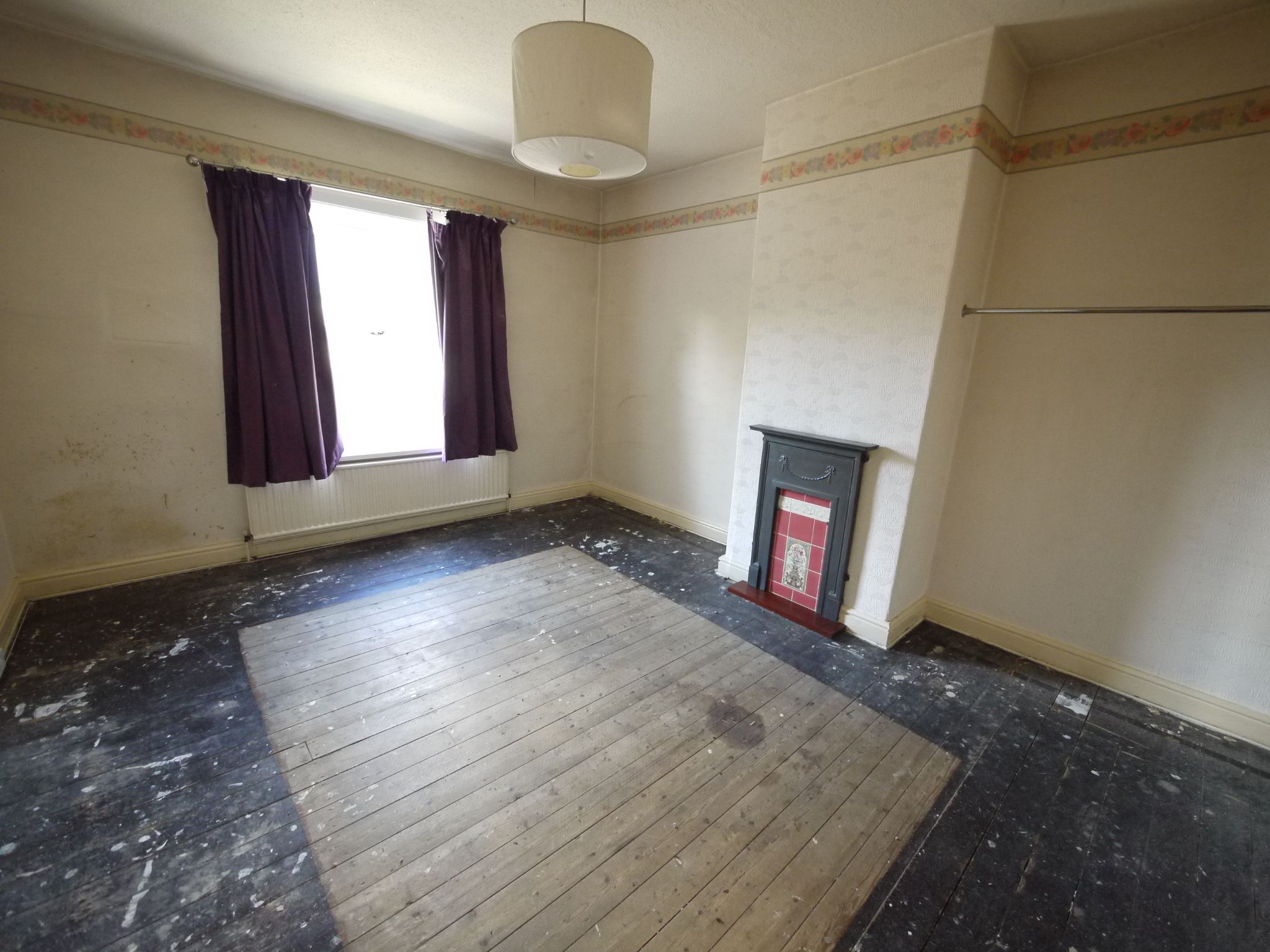 3 bedroom end terraced house SSTC in Brighouse - Bedroom 1.