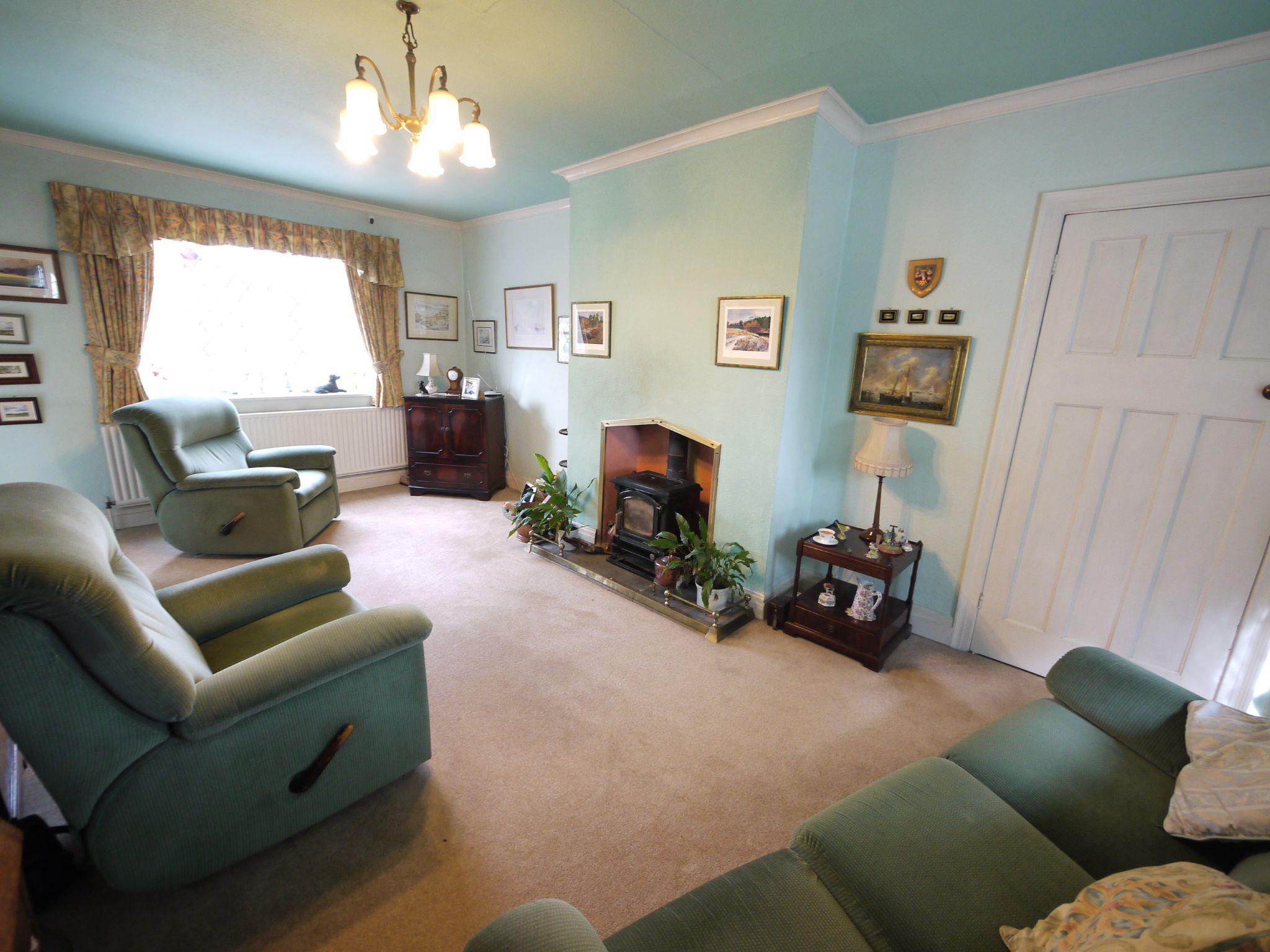 3 bedroom detached house SSTC in Brighouse - Lounge 1.
