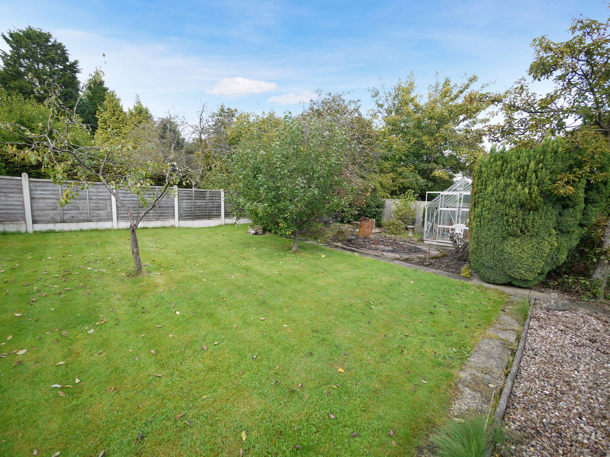 3 bedroom detached house SSTC in Brighouse - Garden 2.