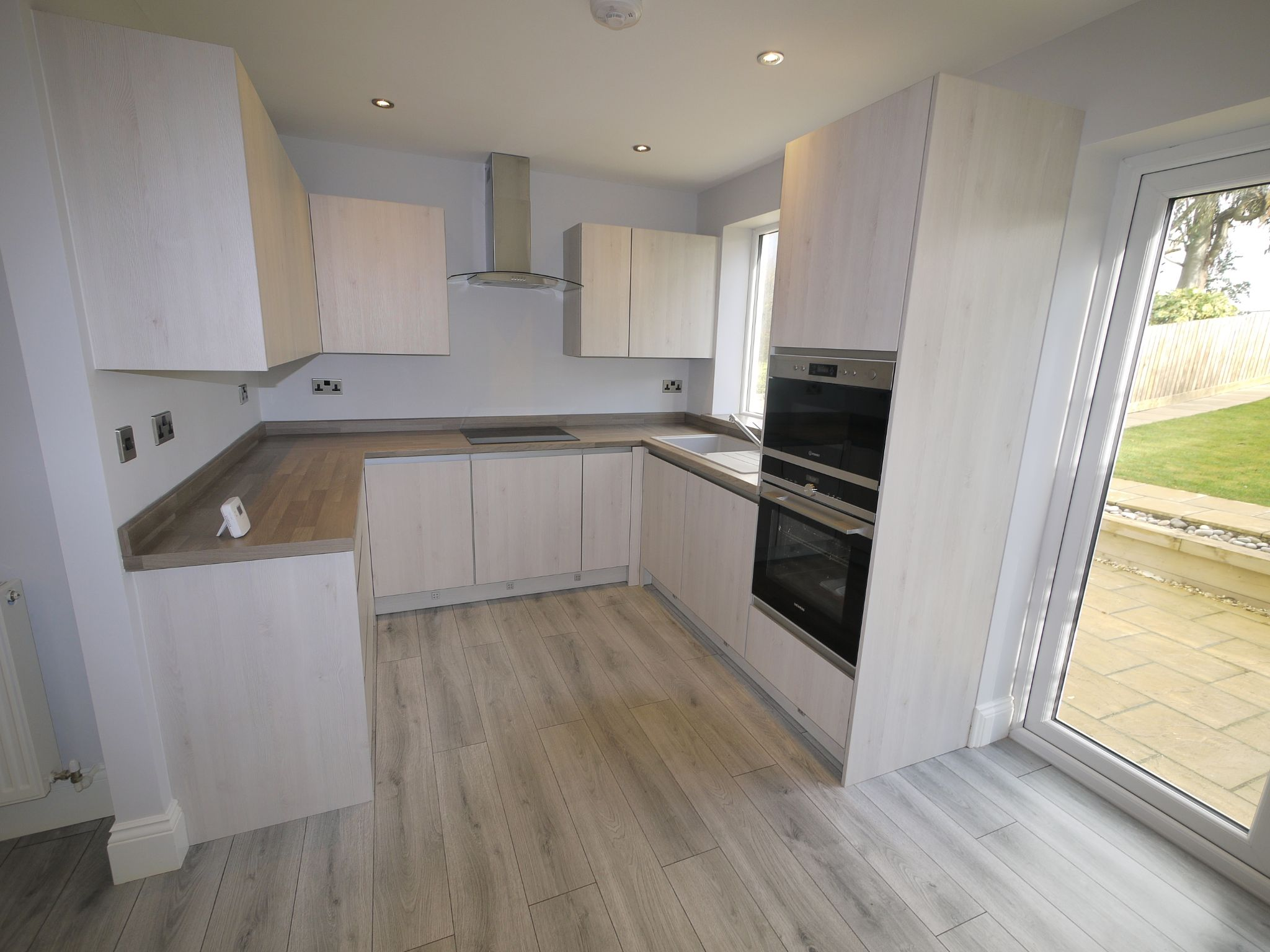 3 bedroom end terraced house SSTC in Brighouse - Dining Kitchen.
