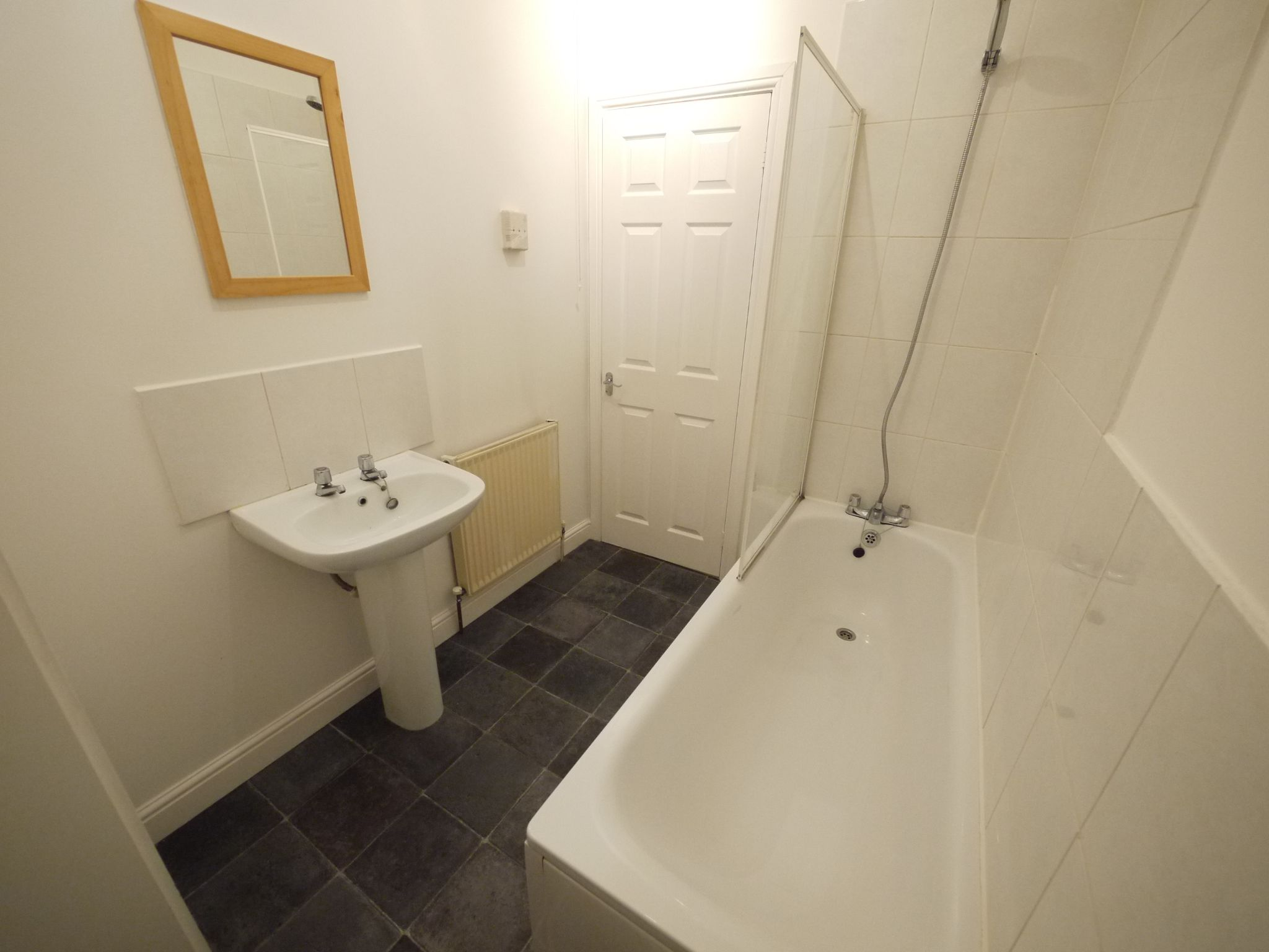 2 bedroom mid terraced house SSTC in Brighouse - Photograph 5.
