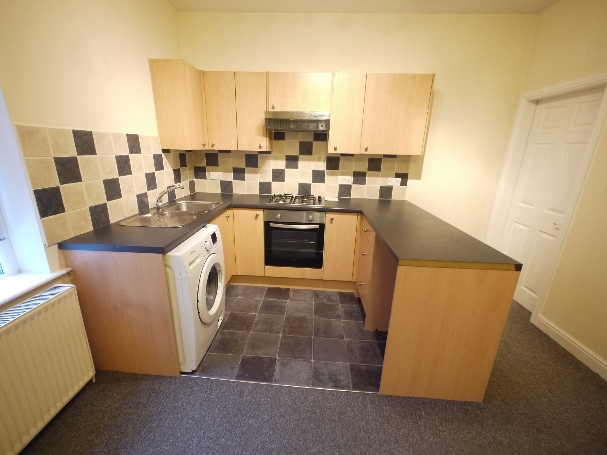 2 bedroom mid terraced house SSTC in Brighouse - Photograph 3.