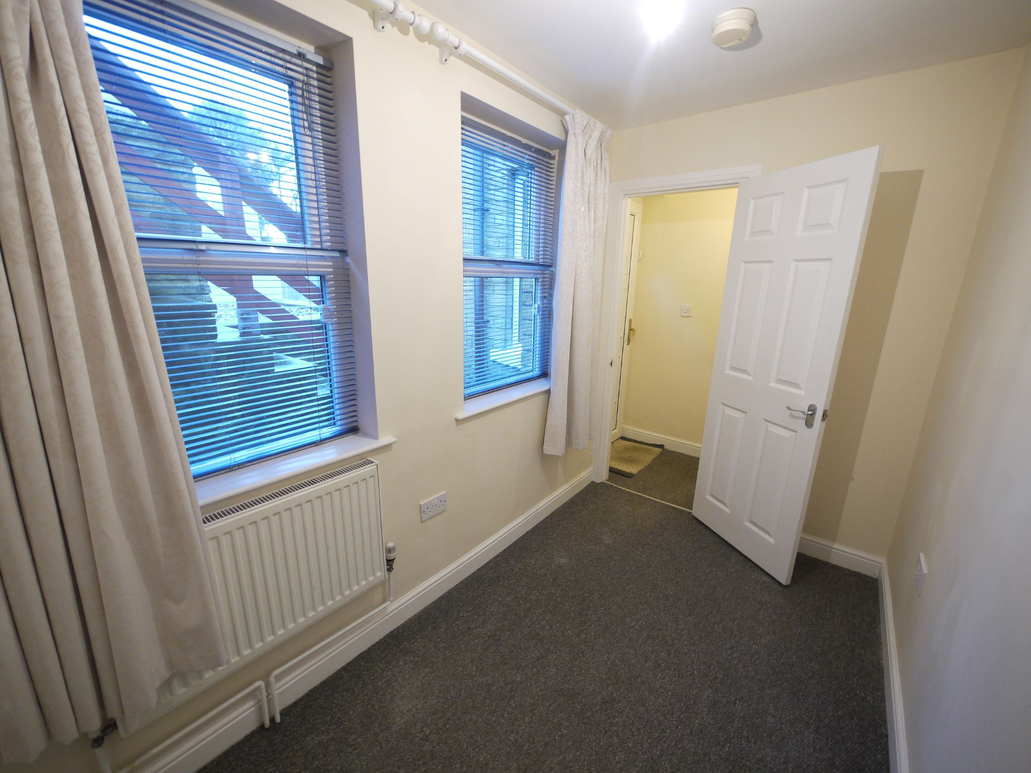 2 bedroom mid terraced house SSTC in Brighouse - Photograph 8.