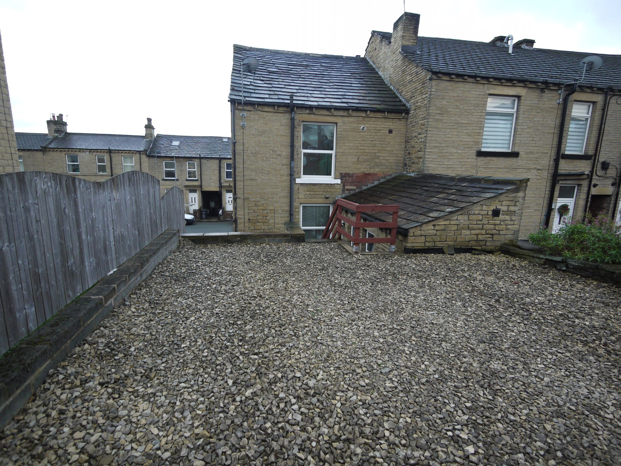 2 bedroom mid terraced house SSTC in Brighouse - Photograph 11.
