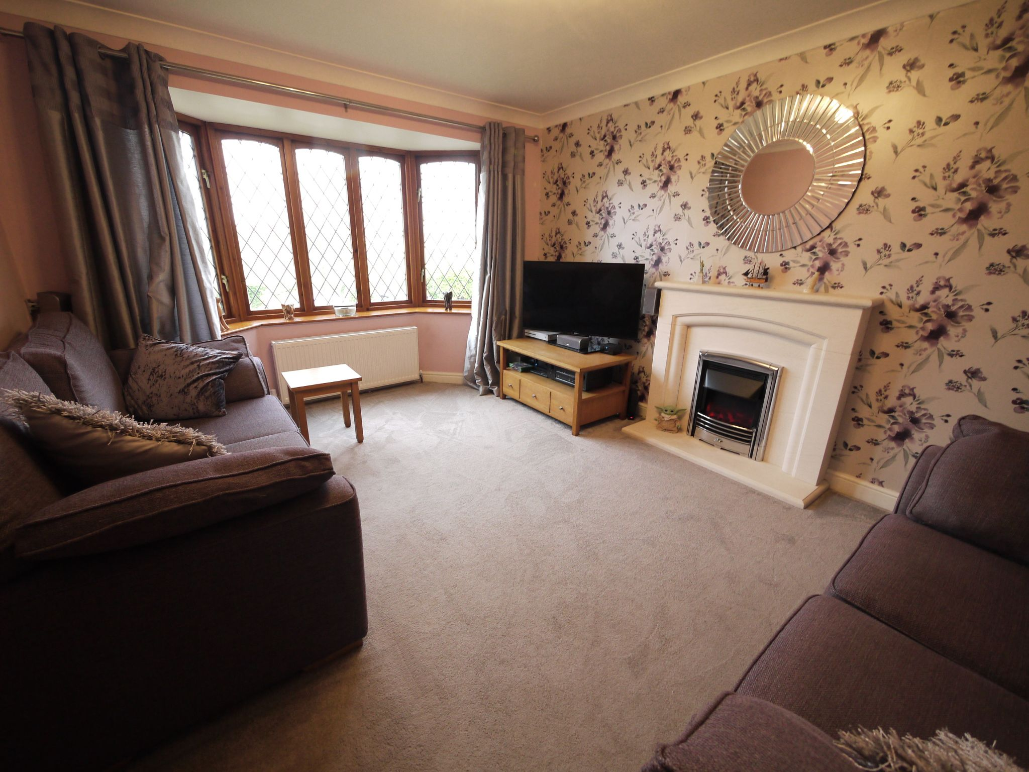 4 bedroom detached house SSTC in Brighouse - Lounge 1.
