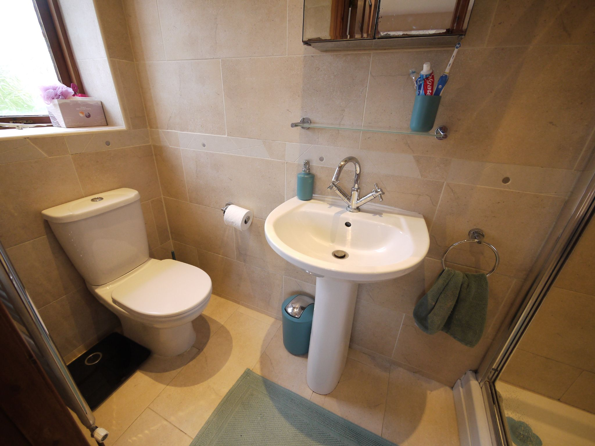4 bedroom detached house SSTC in Brighouse - Ensuite 1.